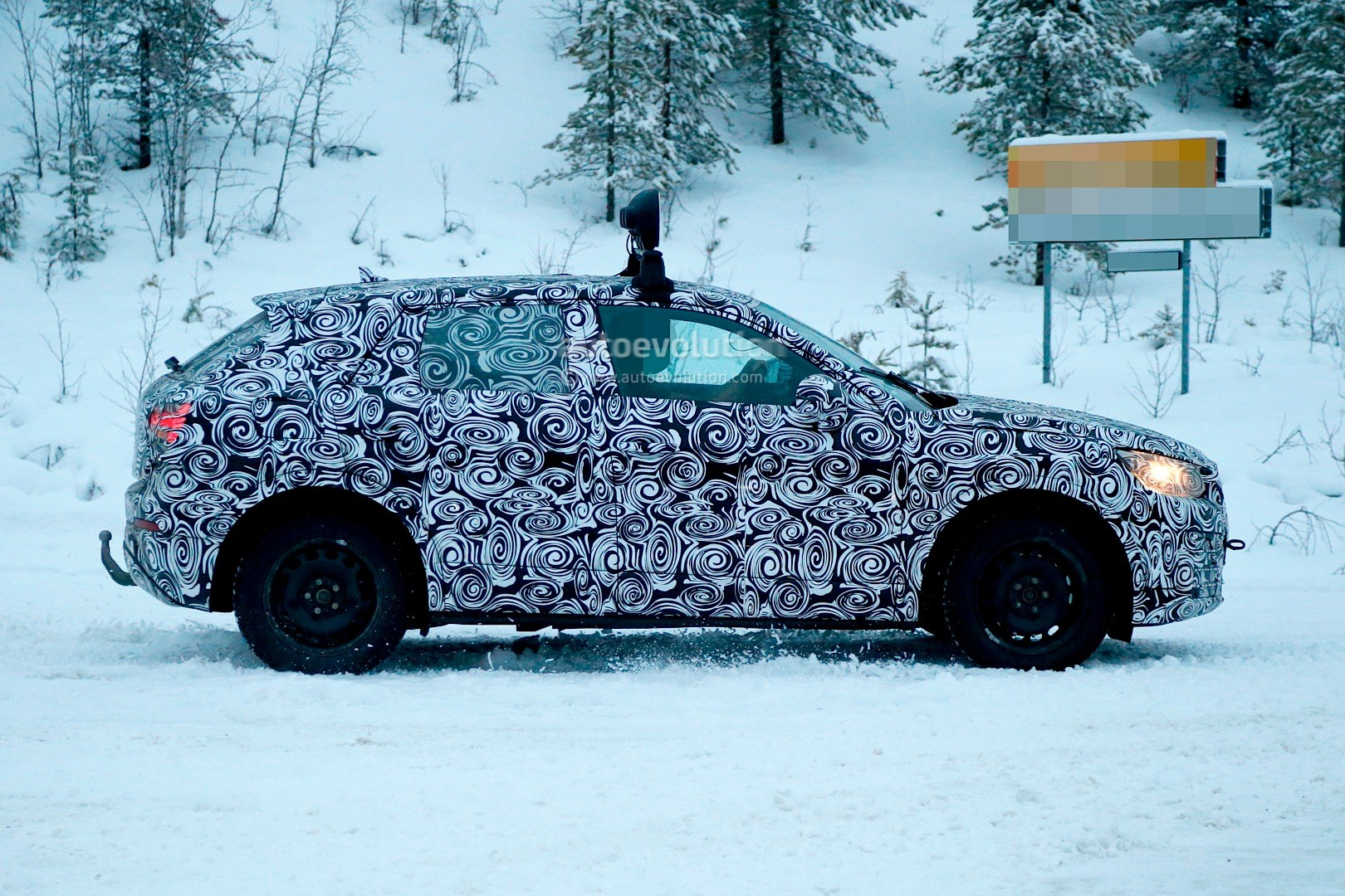 spyshots-2017-audi-q2-begins-winter-testing-with-fwd-and-awd_4