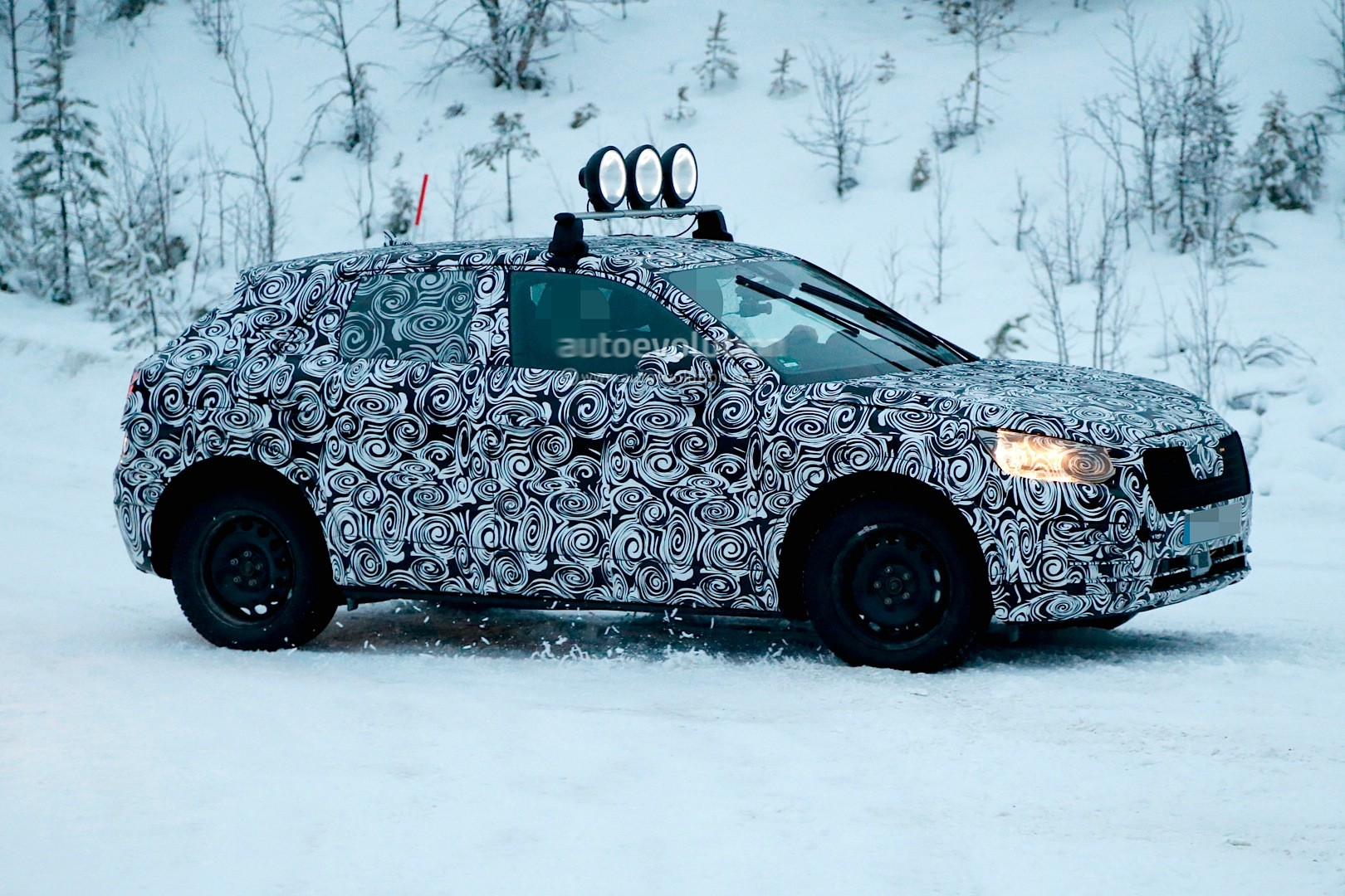 spyshots-2017-audi-q2-begins-winter-testing-with-fwd-and-awd_6
