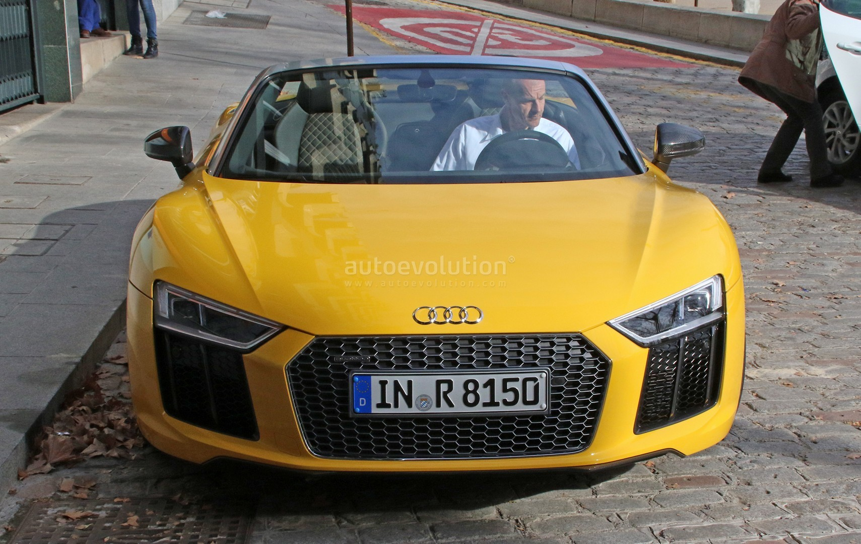 2017 audi r8 spyder completely revealed in vegas yellow