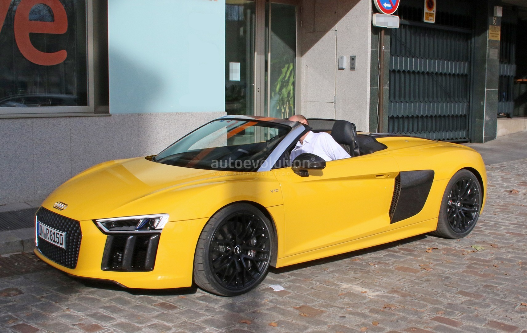 Spyshots 2017 Audi R8 Spyder Completely Revealed In Vegas