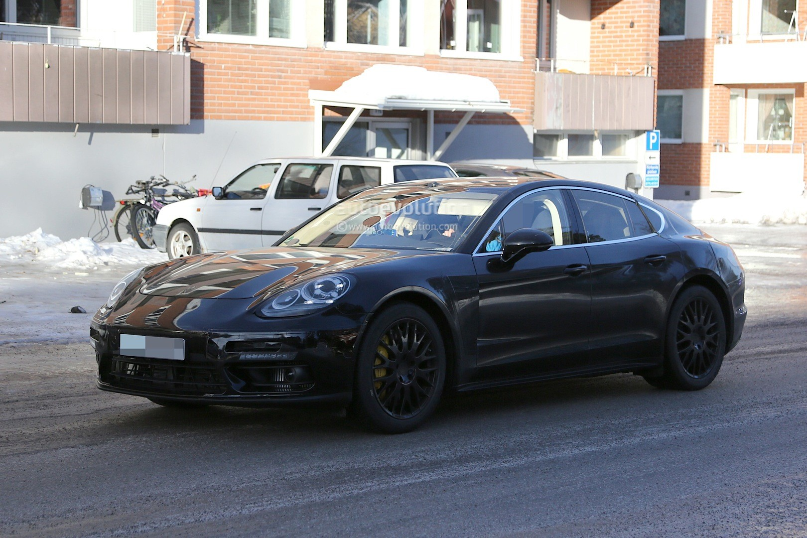 Spyshots 2017 Porsche Panamera First Interior Photos Show Big