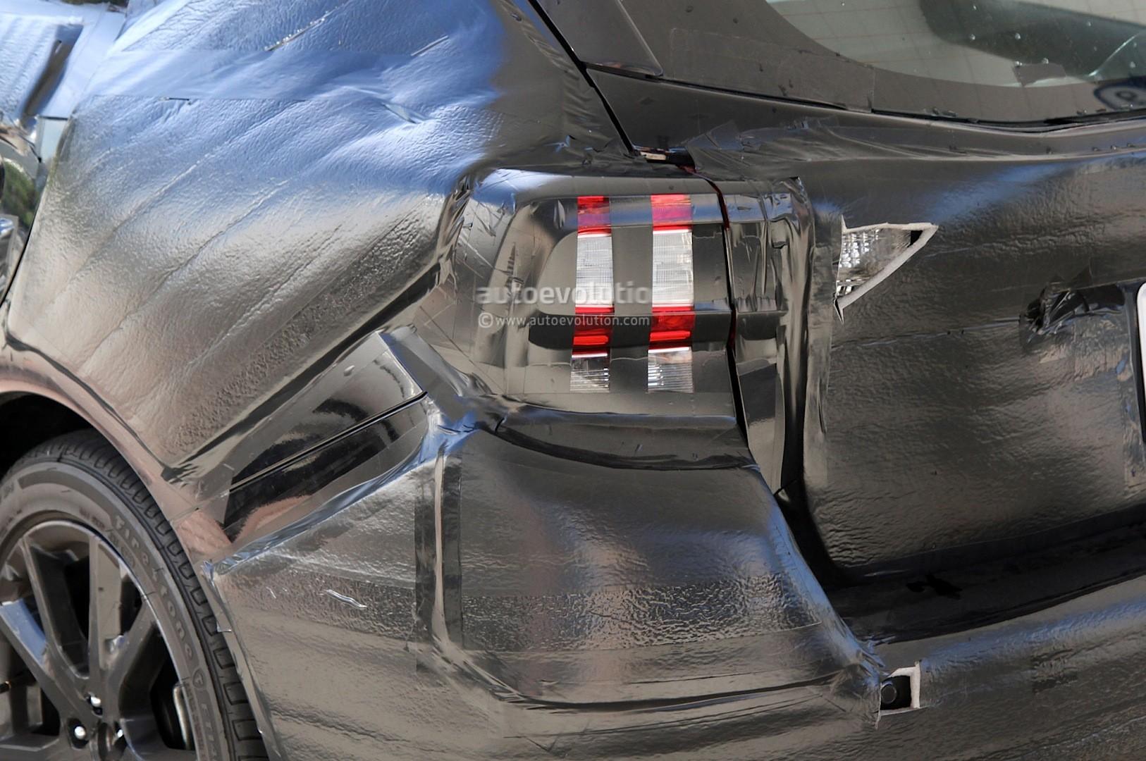 Spyshots 2017 Subaru Impreza Gets More Premium Looking Interior Autoevolution
