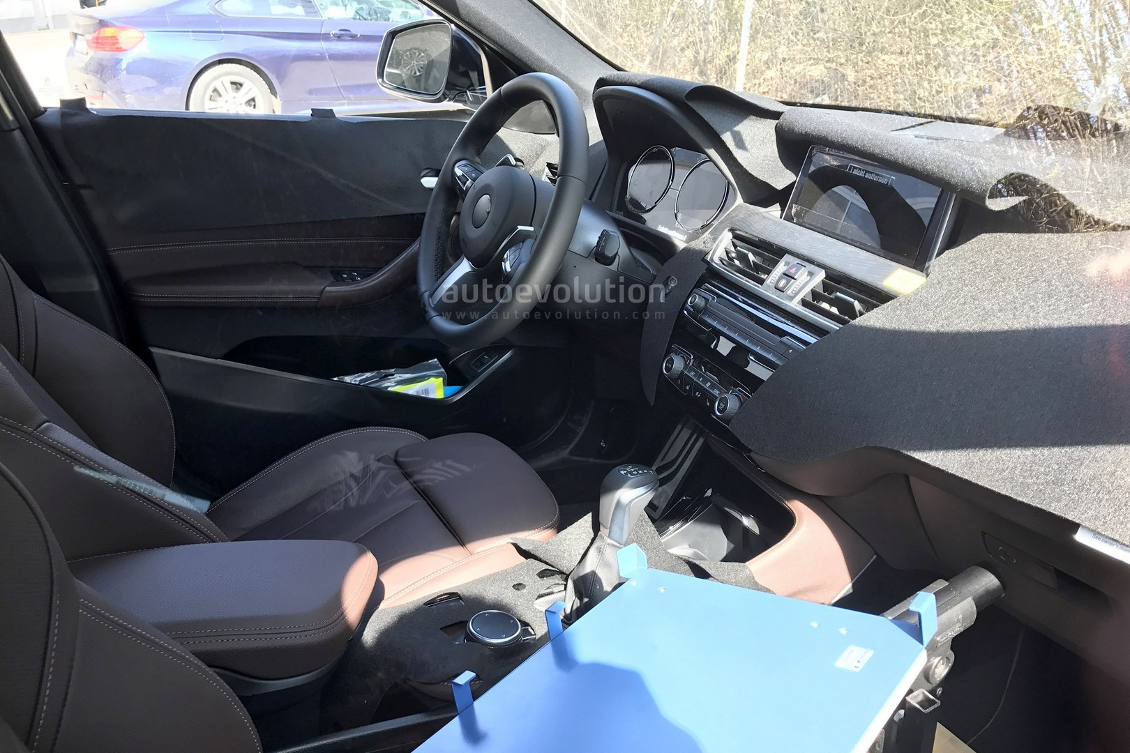2017 - [BMW] X2 [F39] - Page 7 Spyshots-2018-bmw-x2-interior-and-front-end-design-get-shown_1