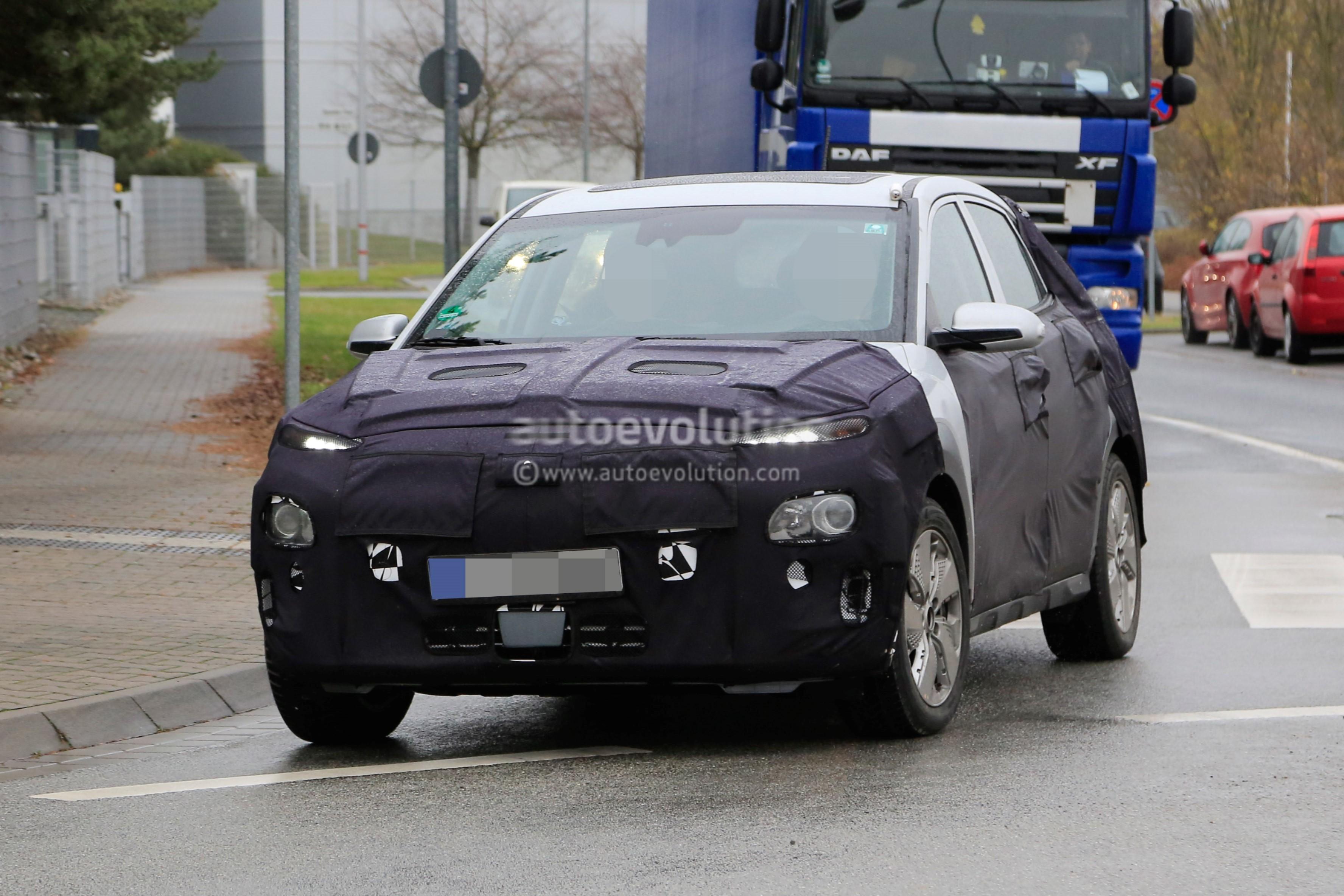 Spyshots: 2018 Hyundai Kona Electric SUV Caught Testing In ...