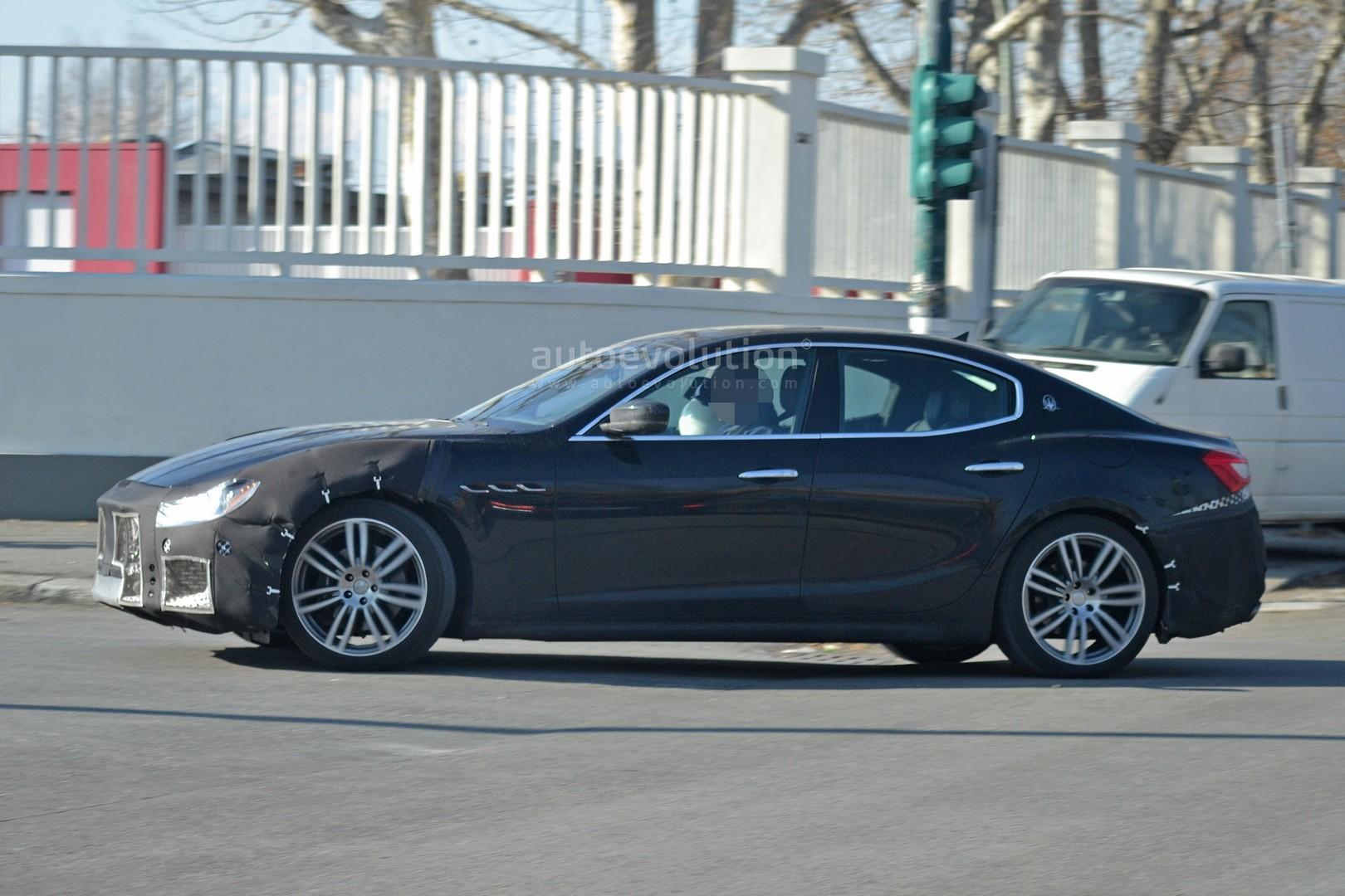 Spyshots 2018 Maserati Ghibli Facelift Gets New Grille