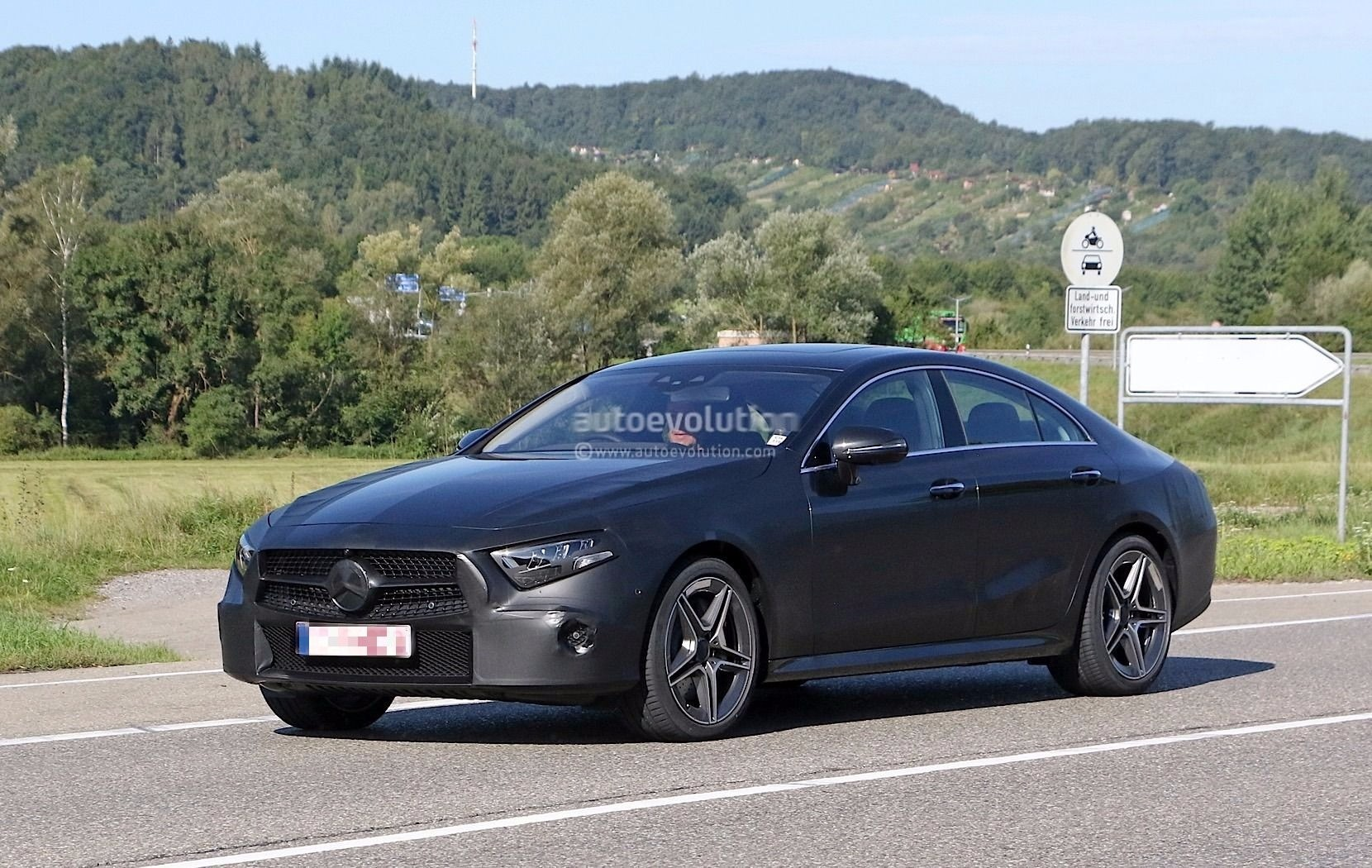 Led Lights For Cars >> Spyshots: 2018 Mercedes-Benz CLS Prototype Looks Production-Ready - autoevolution