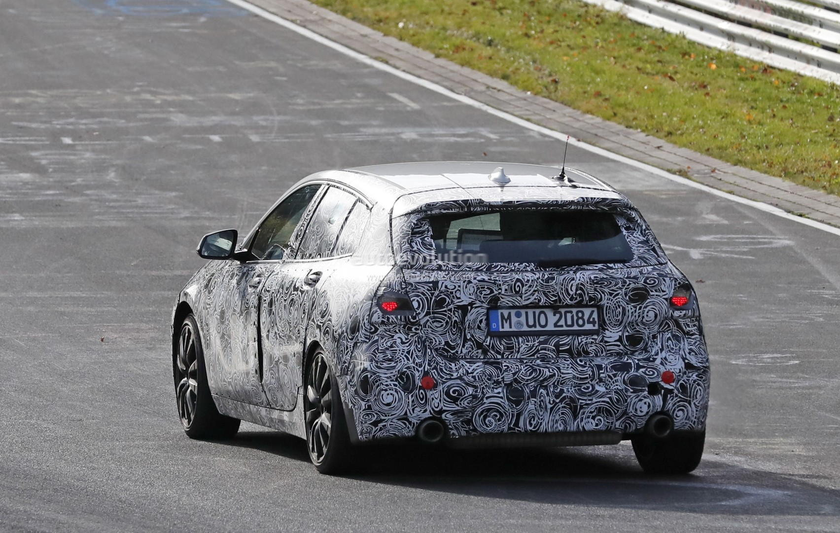 spyshots 2019 bmw 125xe plug in hybrid revealed by digital dash interior autoevolution. Black Bedroom Furniture Sets. Home Design Ideas