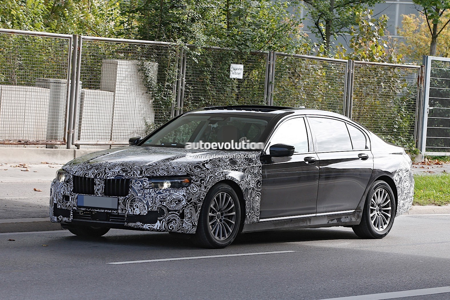 spyshots 2019 bmw 7 series lci to get major styling. Black Bedroom Furniture Sets. Home Design Ideas