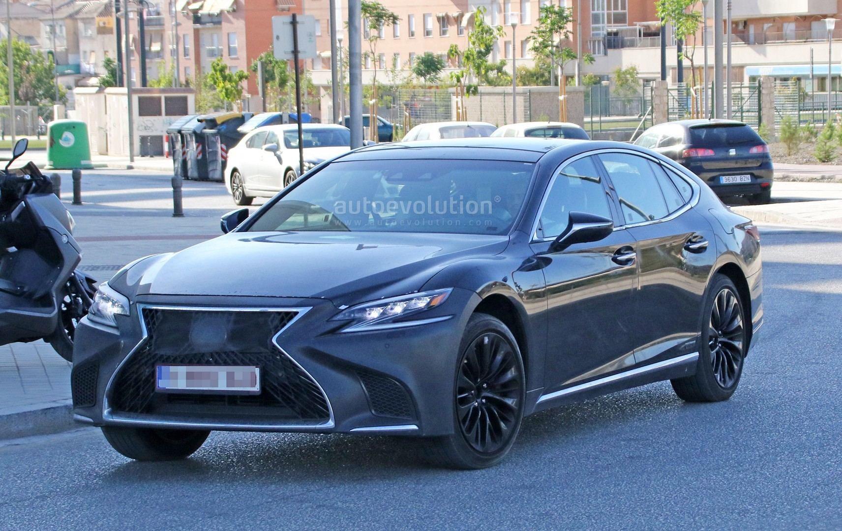 Spyshots: 2019 Lexus LS F Spotted, Could Pack Twin-Turbo V8 ...