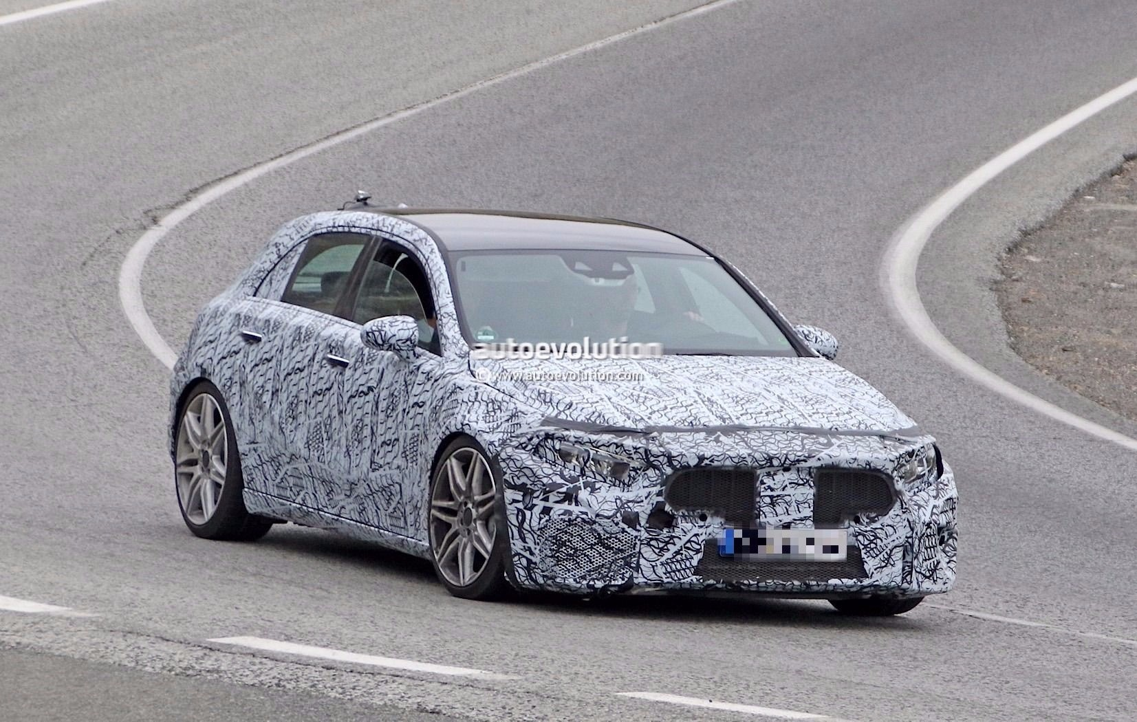 spyshots 2019 mercedes amg a45 starts testing looks like a lowrider autoevolution. Black Bedroom Furniture Sets. Home Design Ideas