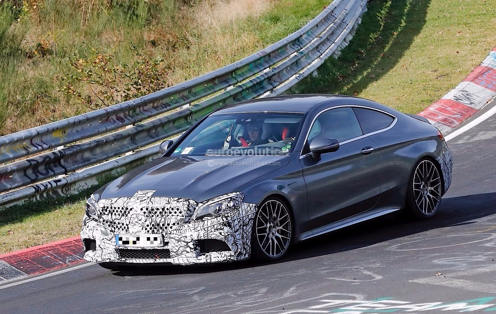 Spyshots 2019 Mercedes Amg C63 S Coupe Reportedly Gets Extra