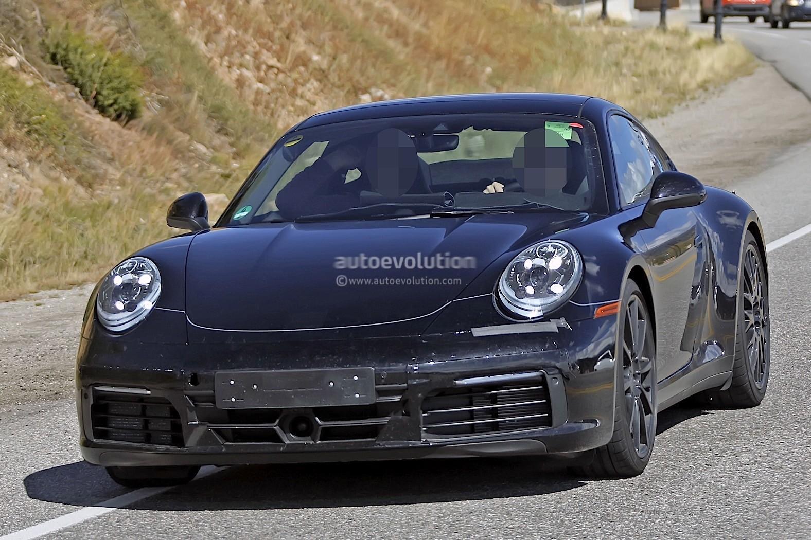 Spyshots 2019 Porsche 911 Reveals Digital Dashboard With