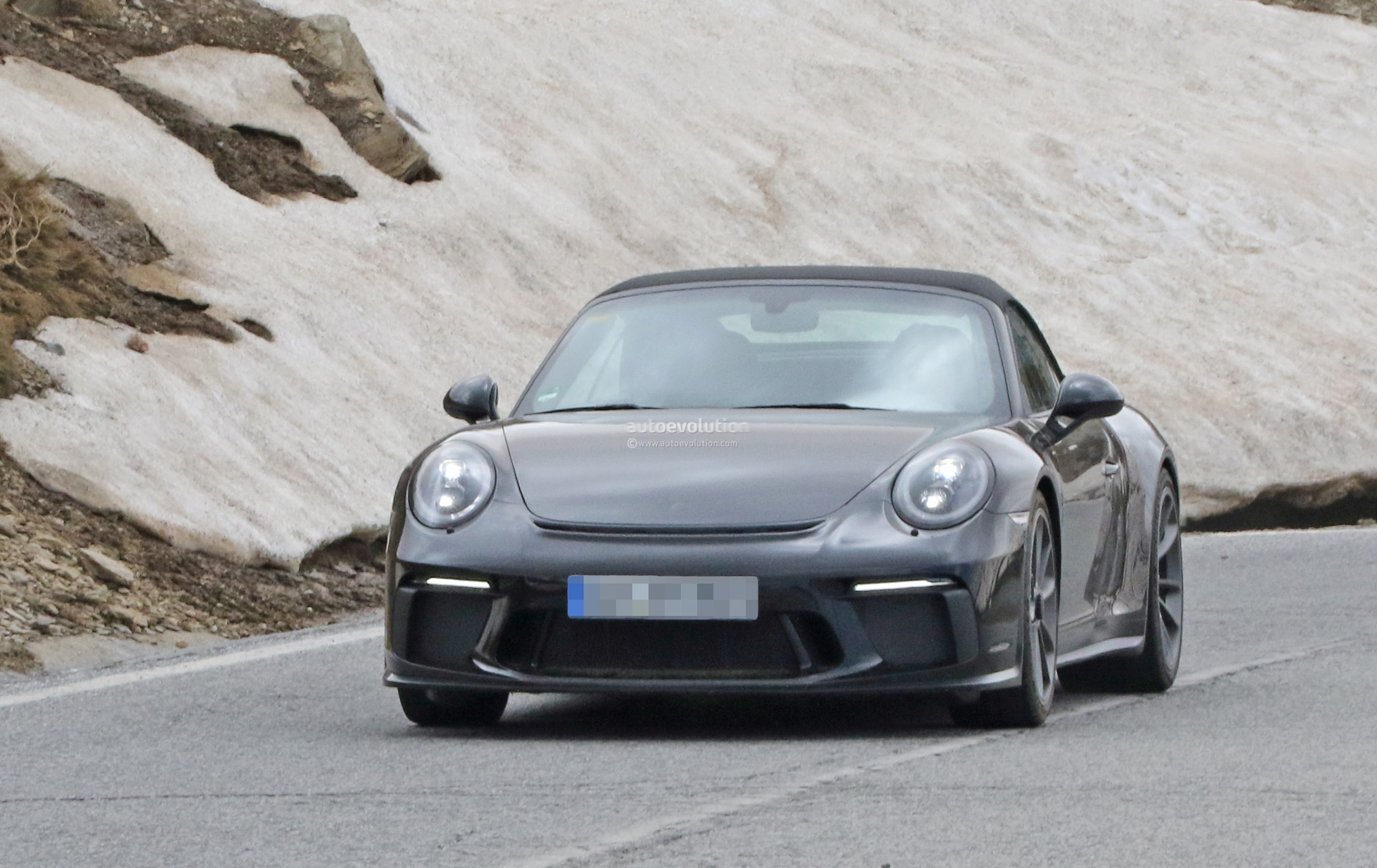 Spyshots Is This The 2019 Porsche 911 Gt3 Touring