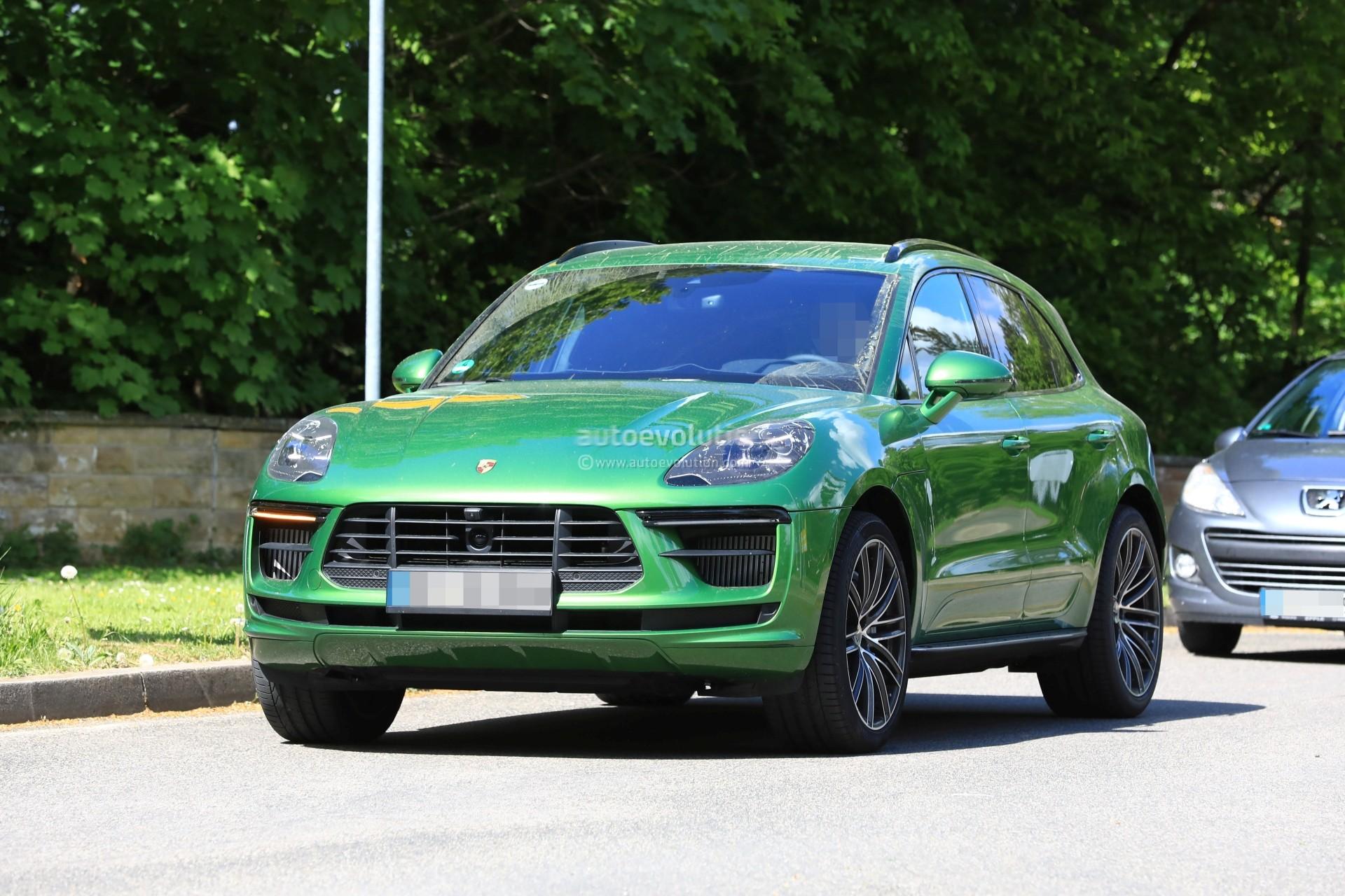 Spyshots 2019 Porsche Macan Facelift Prototype Reveals