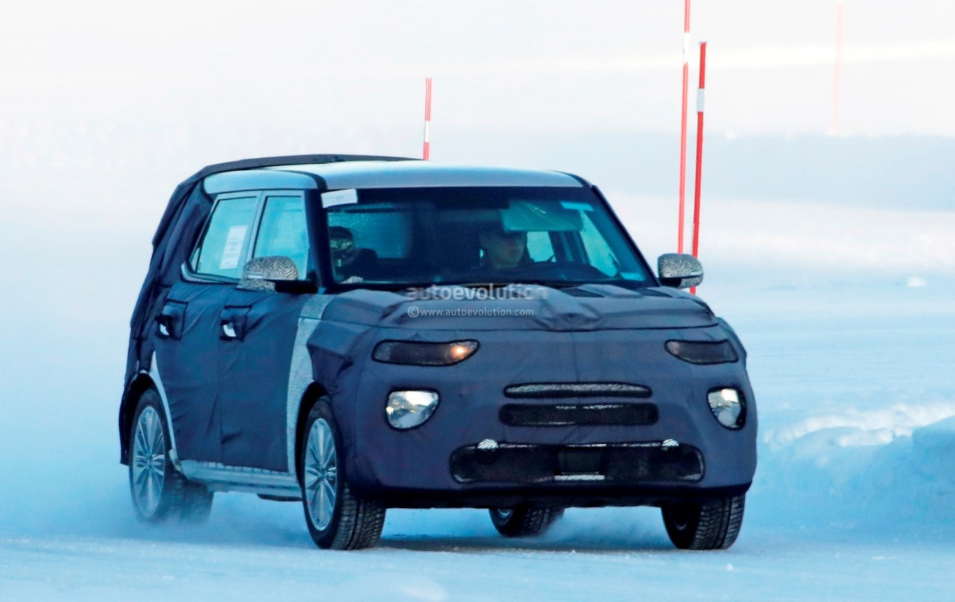 spyshots 2020 kia soul looks even boxier than before autoevolution. Black Bedroom Furniture Sets. Home Design Ideas