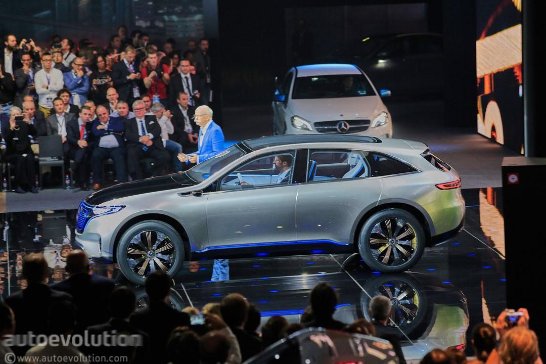 Spyshots: 2020 Mercedes-Benz EQC Is Out for Jaguar I-Pace ...