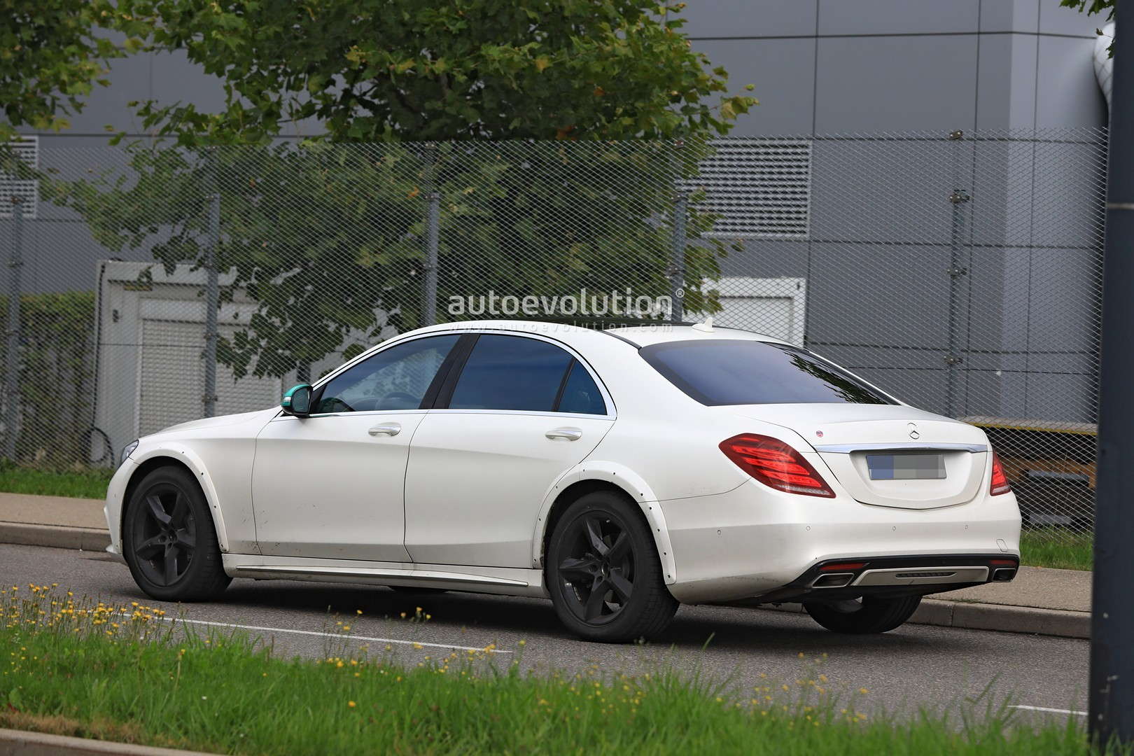 spyshots  2020 mercedes s-class w223 mule spied for the first time  looks wider