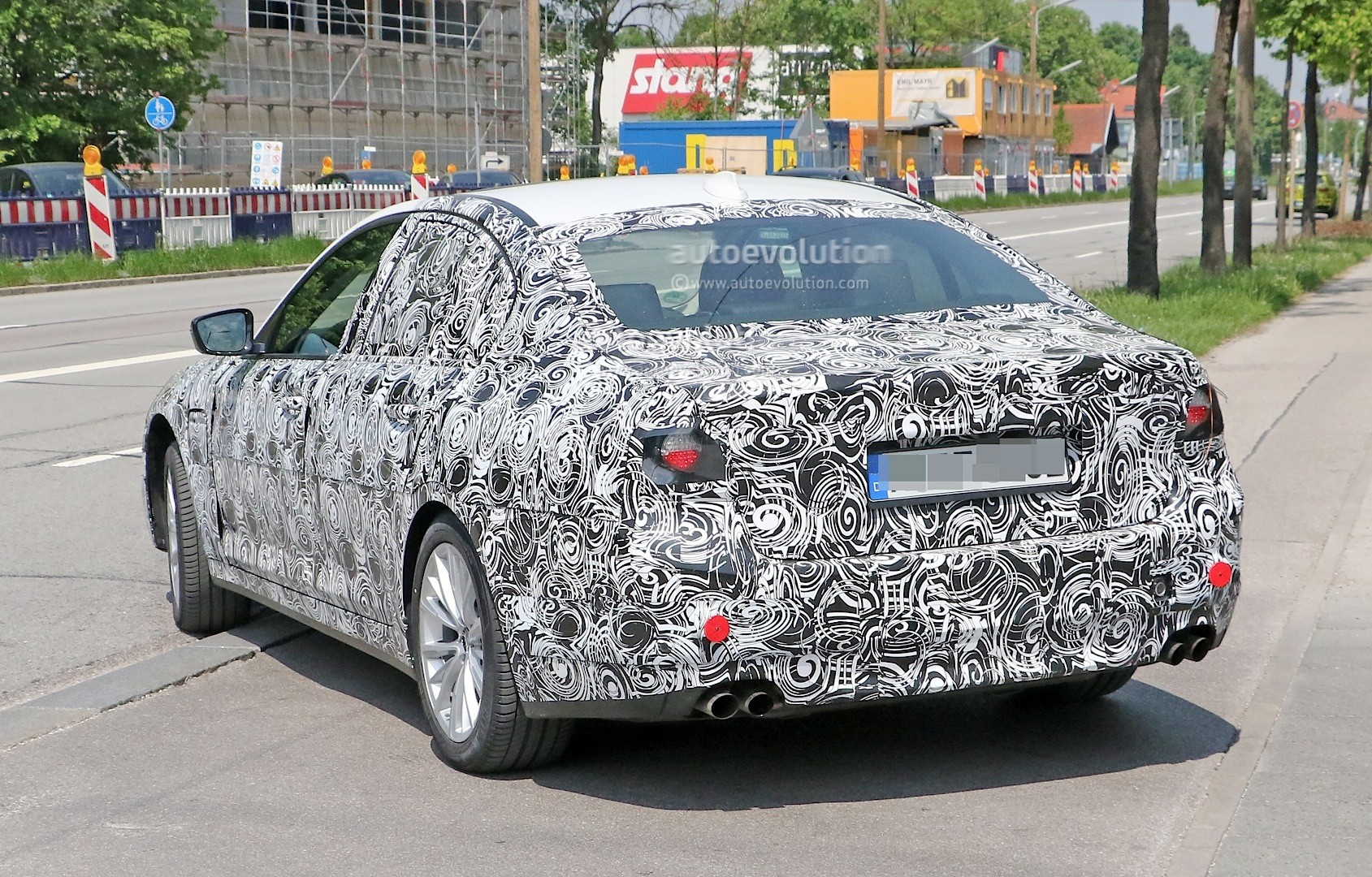2017 - [BMW] M5 [F90] Spyshots-all-new-bmw-m5-g80-test-mule-or-5-series-m-performance-car_7