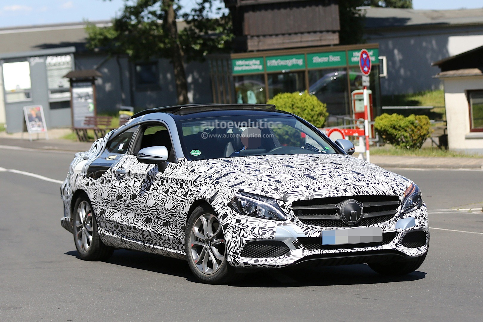 Spyshots All New Mercedes C Class Coupe Shows Huge
