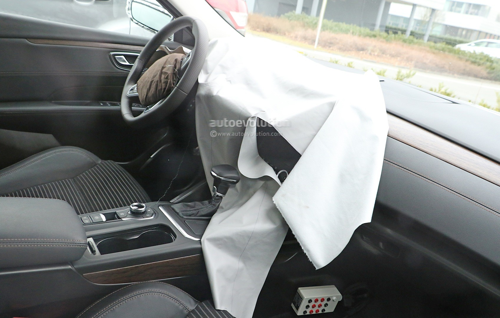 Spyshots All New Renault Laguna Interior Spied For The