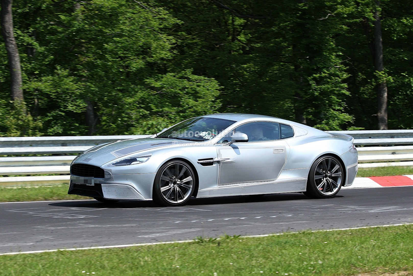 Spyshots Aston Martin Dbs Or Db10 Autoevolution