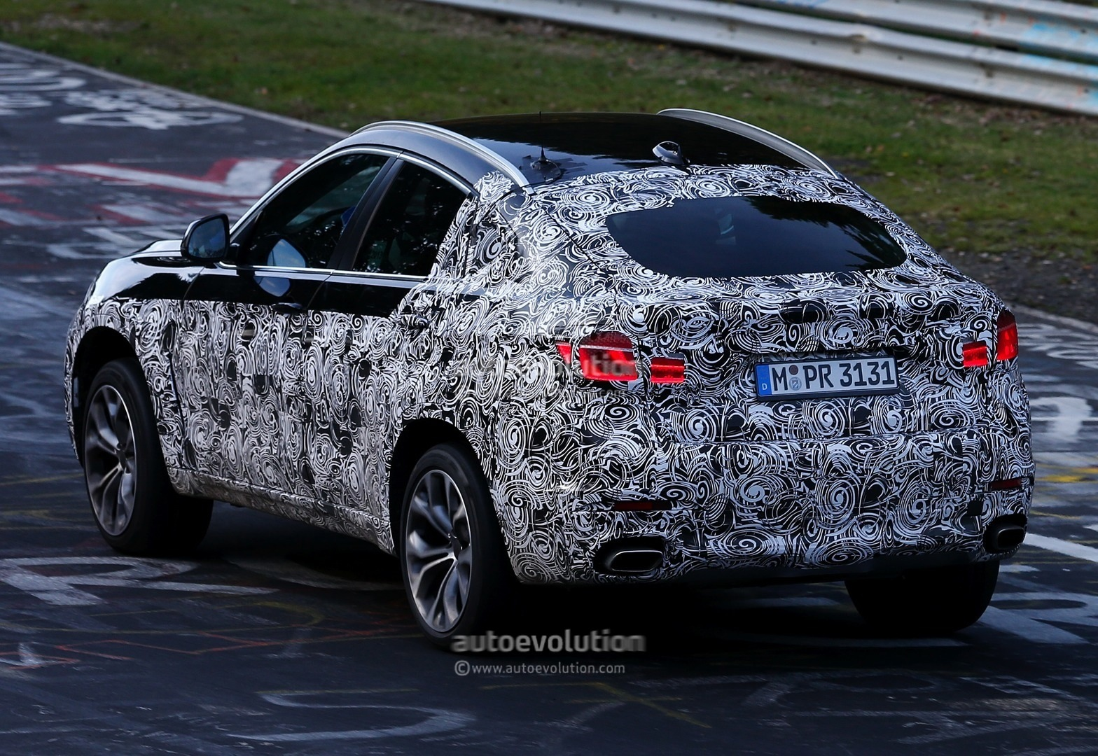 Spyshots: BMW F16 X6 Testing on the Nurburgring - autoevolution