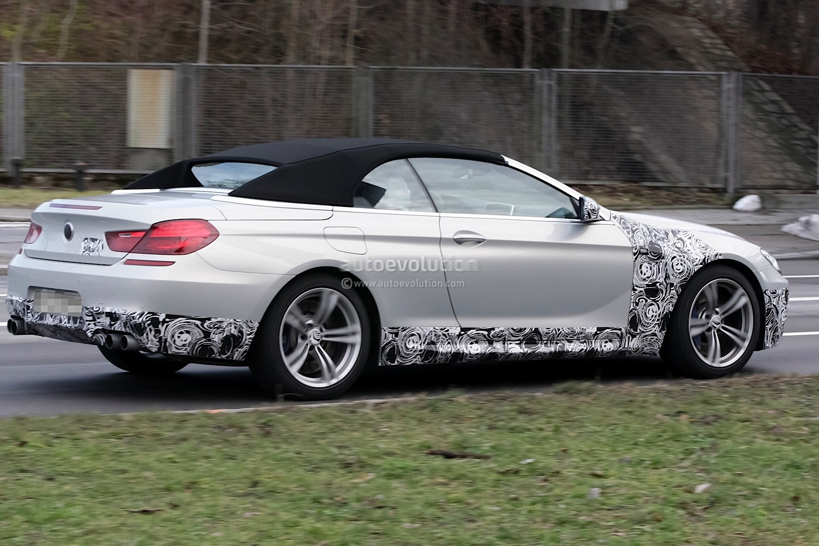 spyshots bmw m6 cabrio is almost here. Black Bedroom Furniture Sets. Home Design Ideas
