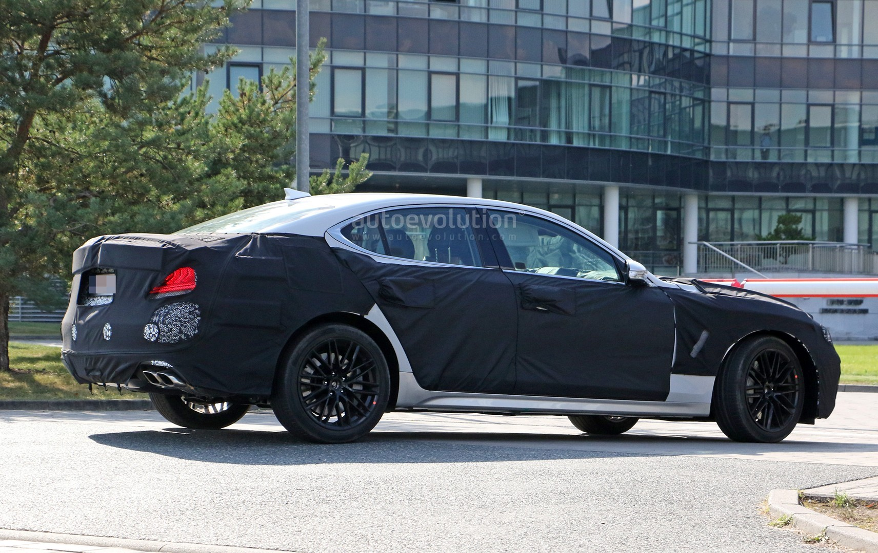 Spyshots Genesis G70 Looks Like A Beautiful BMW 3 Series