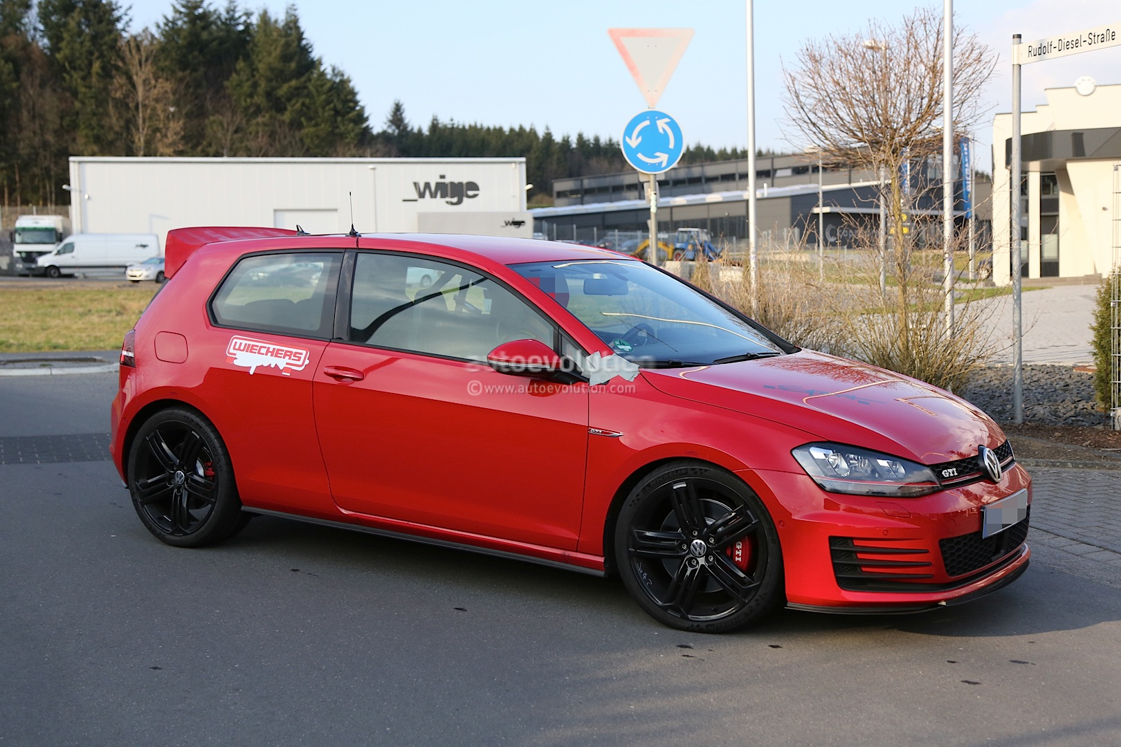 golf gti sport club vw volkswagen hardcore spotted nurburgring spyshots autoevolution cars