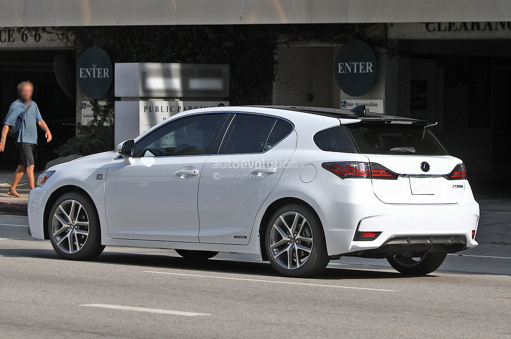 Spyshots: Lexus CT 200h F Sport Gets Spindle Grille ...