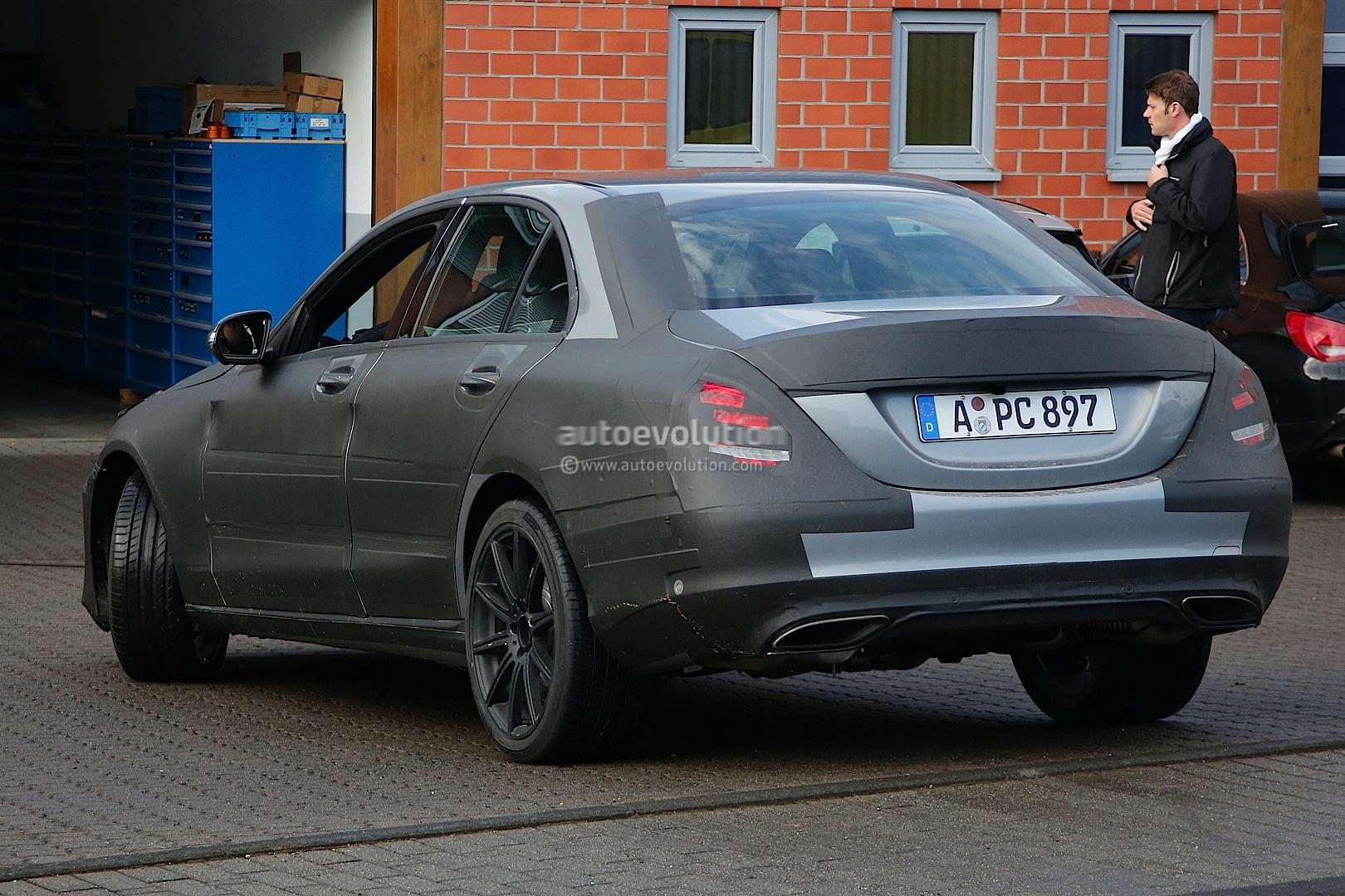 Spyshots mercedes benz c55 amg preparing to replace c63 for Mercedes benz c55 amg