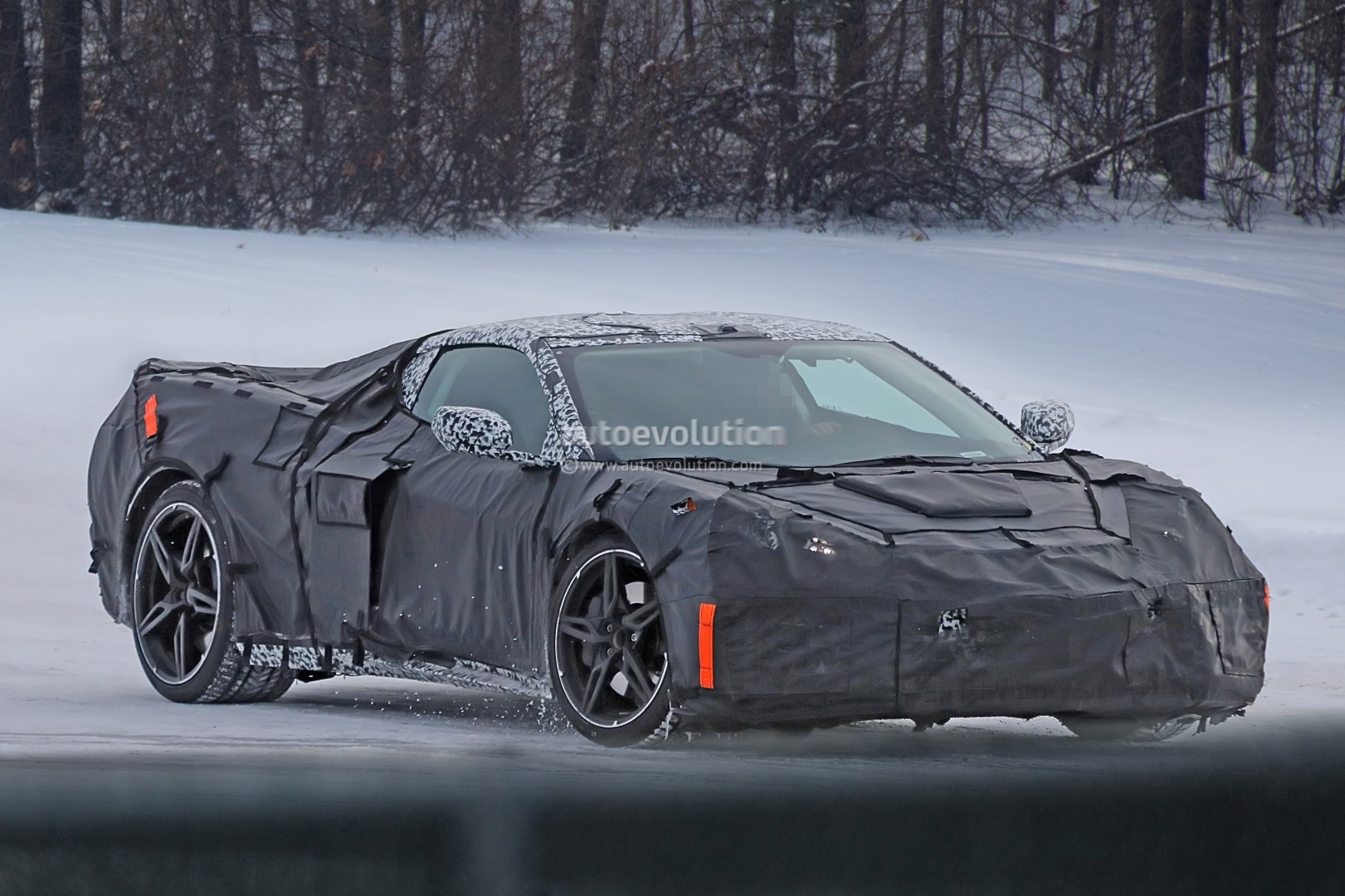 Spyshots Mid Engined C8 Corvette Prototype Shows Flying