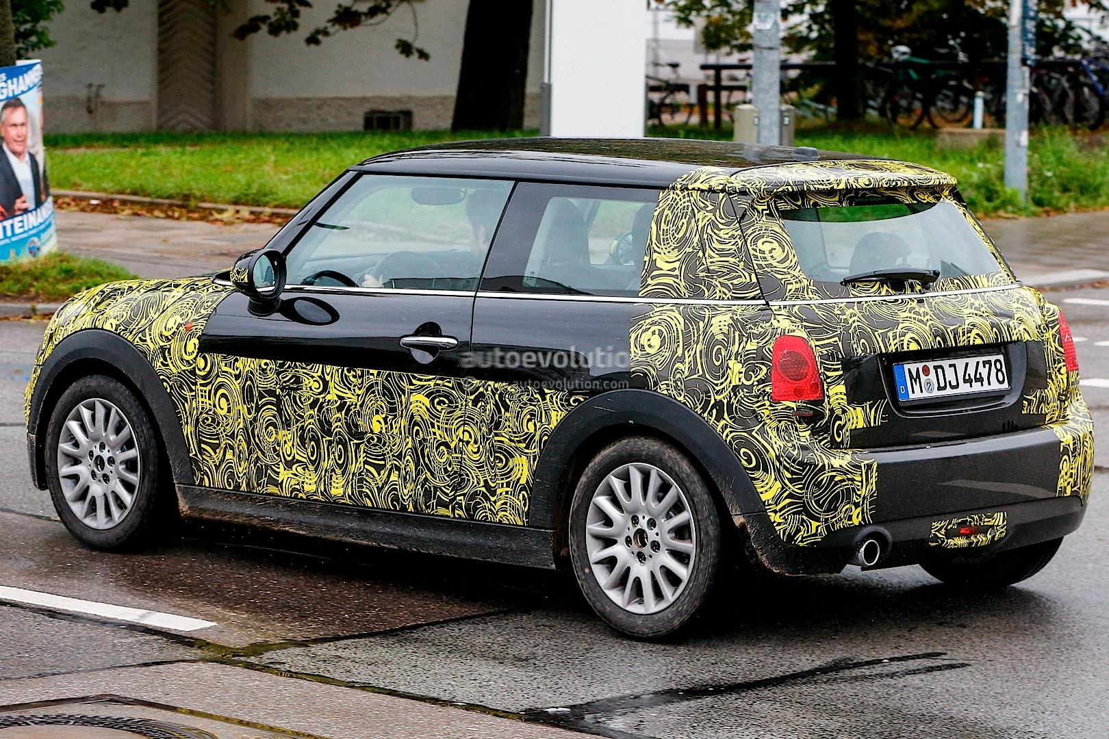 Spyshots: MINI Cooper Mk3 with Less Camouflage - autoevolution