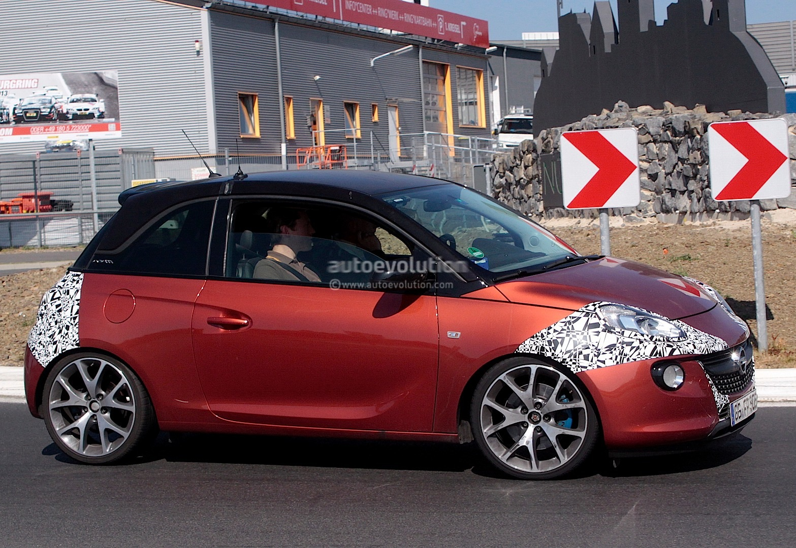 spyshots opel adam opc or new sidi turbo autoevolution. Black Bedroom Furniture Sets. Home Design Ideas