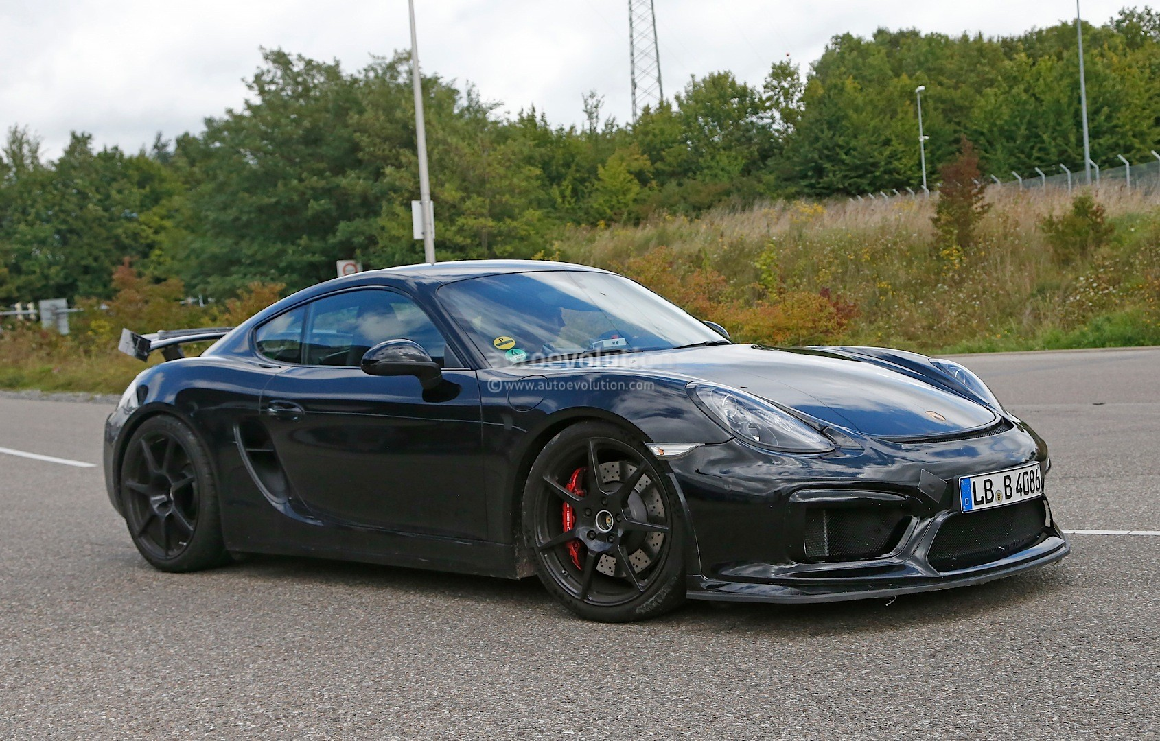 spyshots porsche cayman gt4 scooped undisguised autoevolution. Black Bedroom Furniture Sets. Home Design Ideas