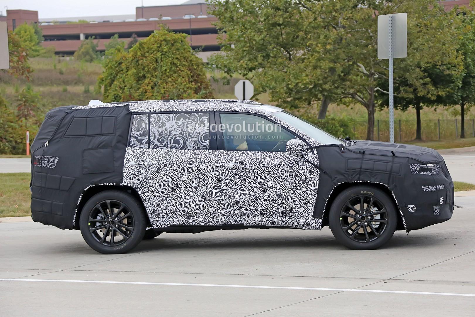 3 Row Jeep >> Spyshots Production Jeep Yuntu 3 Row Crossover Road Testing Begins
