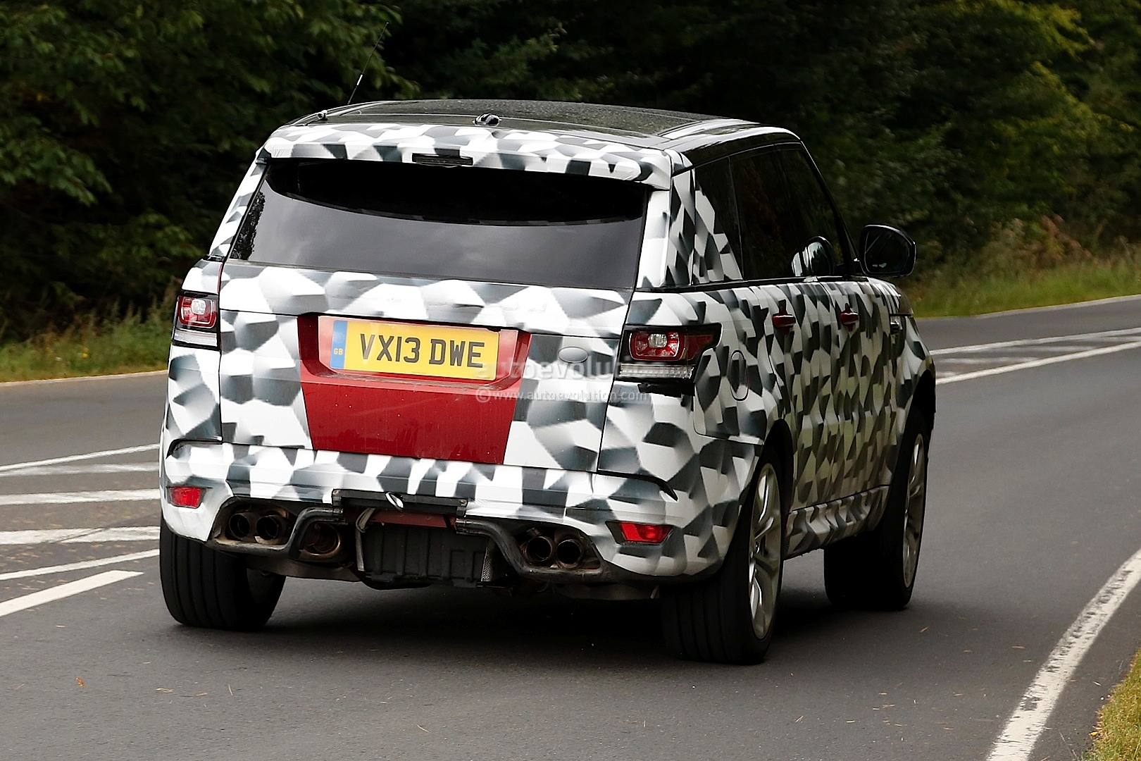 Spyshots range rover sport rs on nurburgring autoevolution