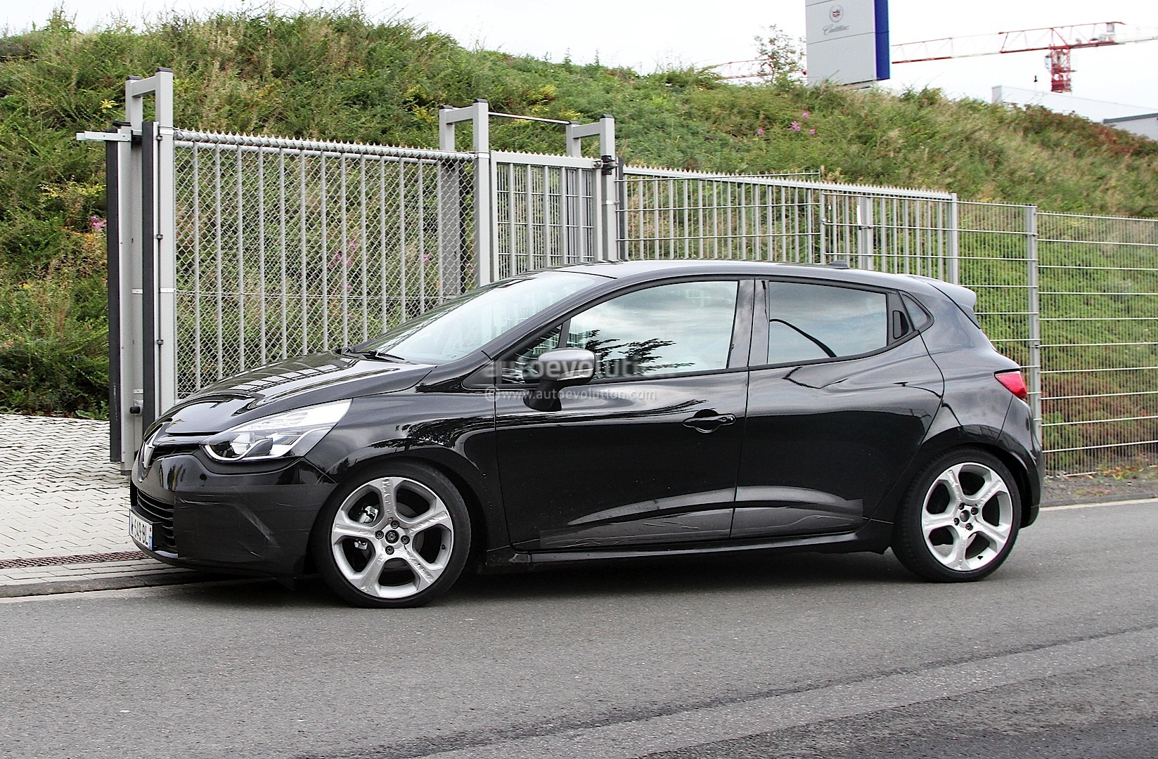 spyshots renault clio gordini gt with 1 2 tce 140 hp. Black Bedroom Furniture Sets. Home Design Ideas