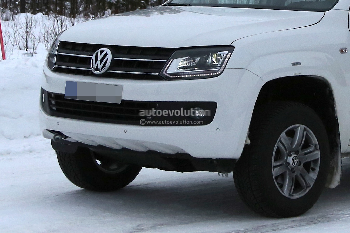 Spyshots Vw Amarok With Led Daytime Running Spied Again