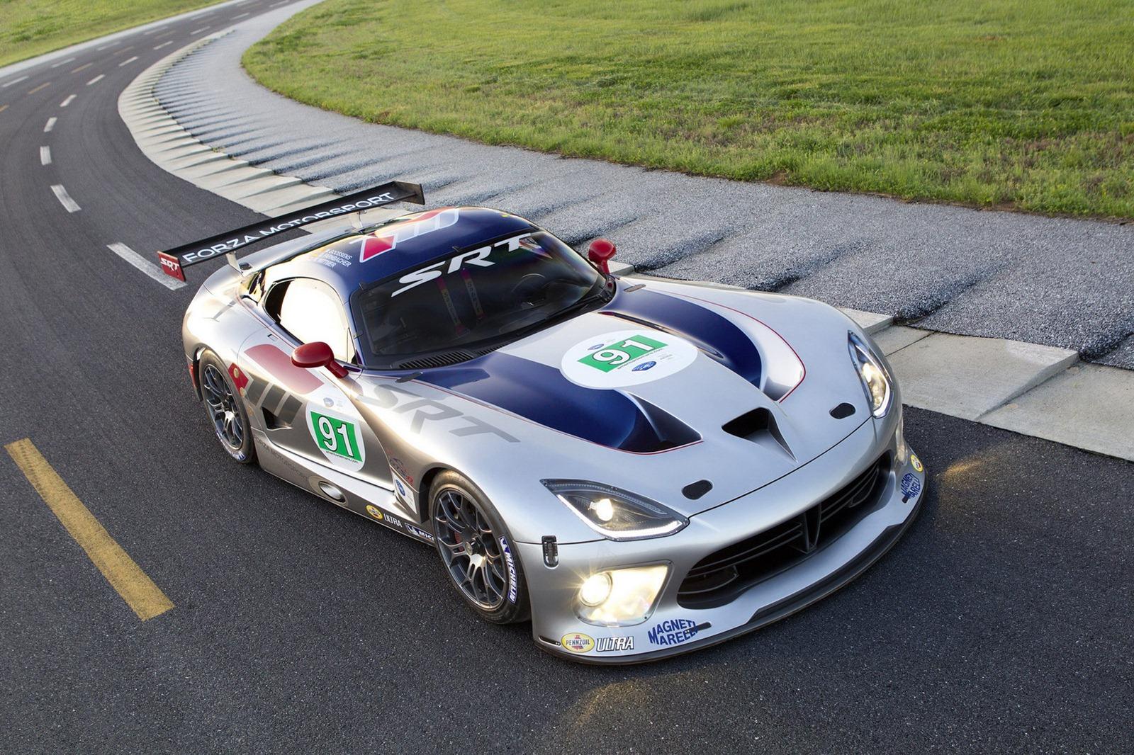 Srt viper gts r chrysler 39 s return to le mans racing autoevolution