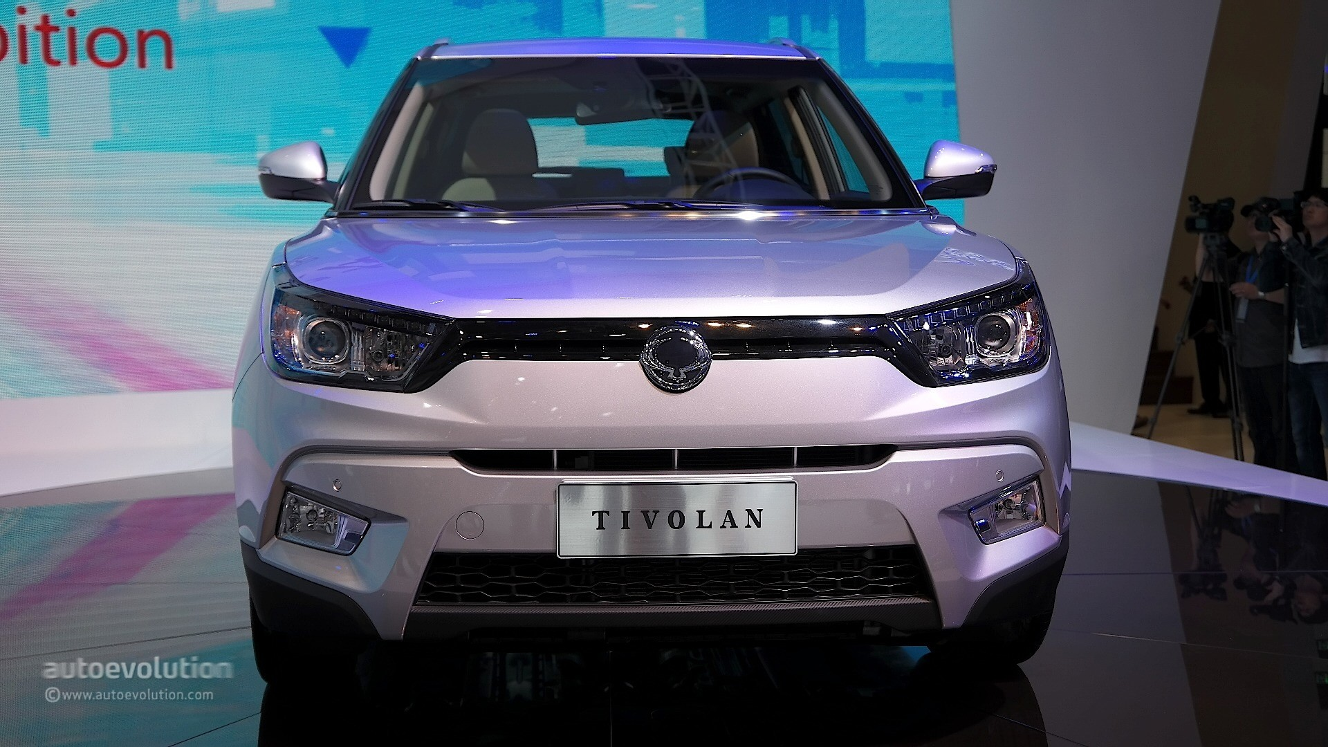 Superior Auto Parts >> SsangYong Tivolan Is the Chinese Version of Tivoli, Great Sales Expectations in Shanghai ...