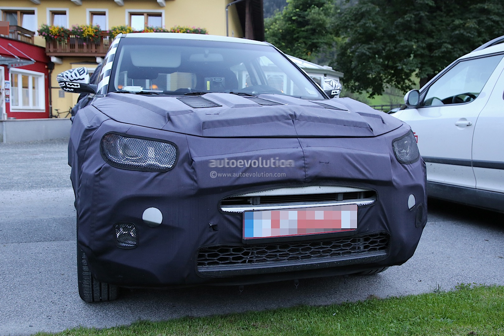 2015 - [Ssangyong] Tivoli [X100]  - Page 2 Ssangyong-x100-spied-photo-gallery_3