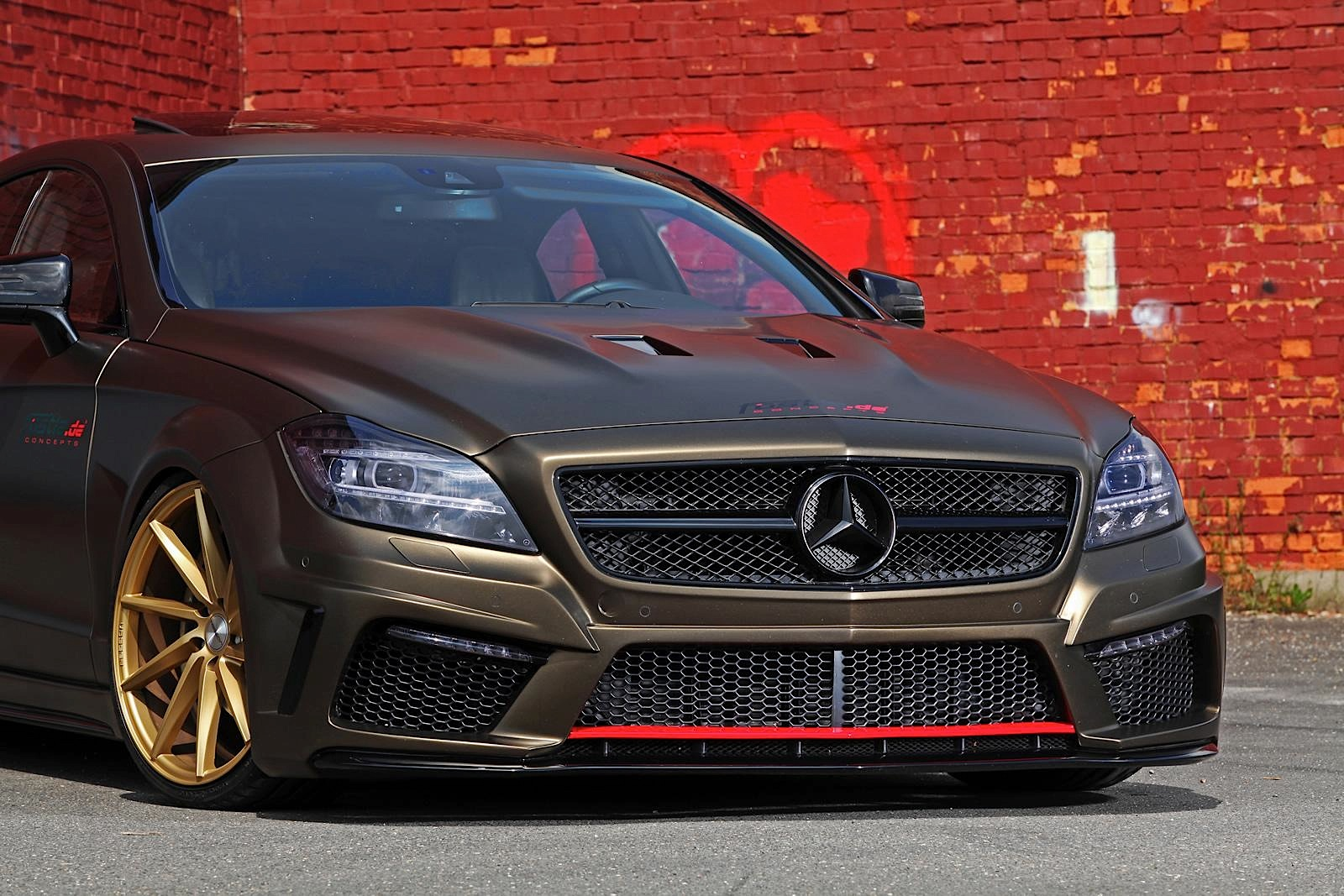 Stanced mercedes benz cls by fostla is a bit too much for Mercedes benz how much