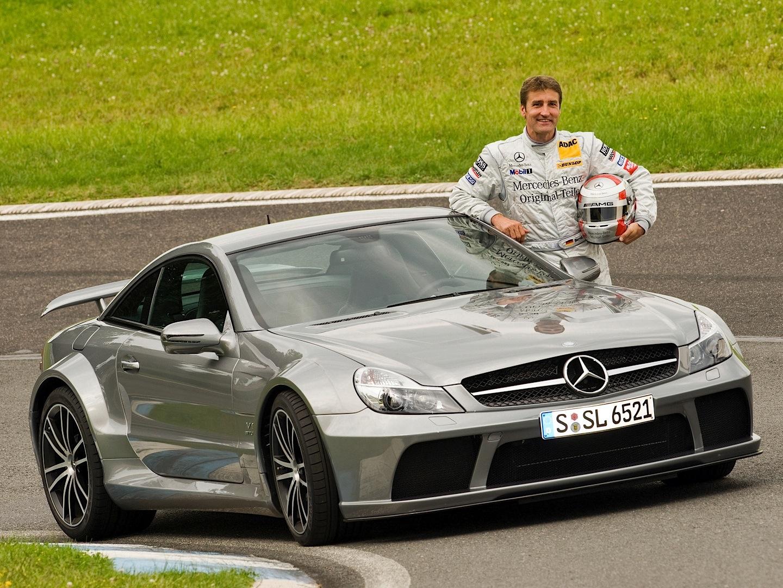 Stock sl 65 amg black series vs tuned bmw m6 f12 vs tuned for Mercedes benz sl series