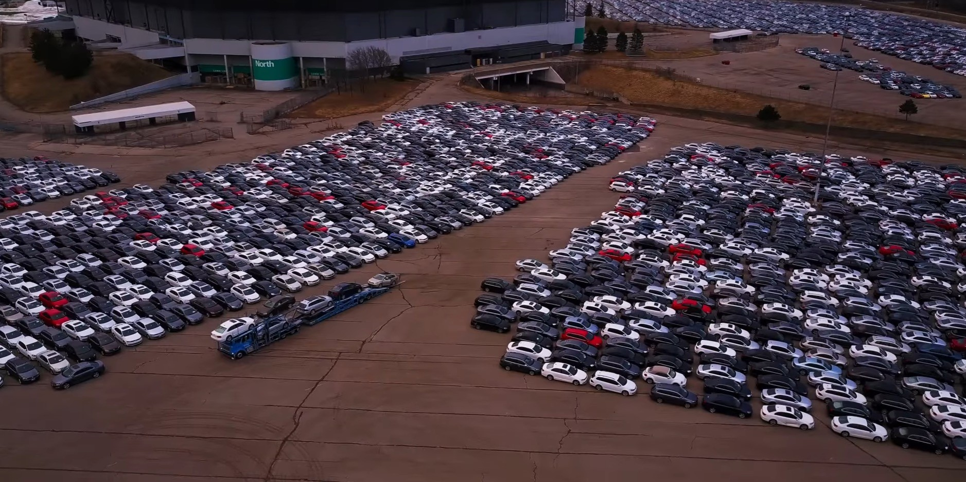 Storing Thousands of Volkswagens At A Stadium Is Illegal, Now What? - autoevolution