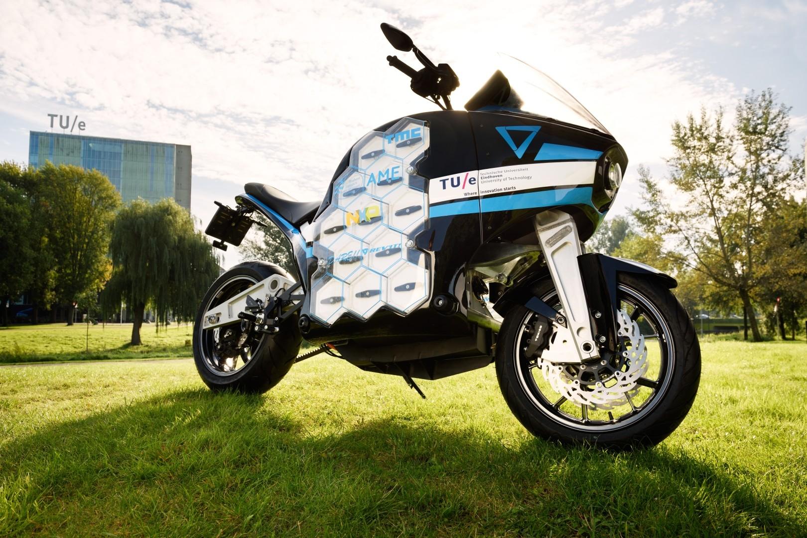 Storm Pulse Electric Concept Bike Promises 236-Mile Range