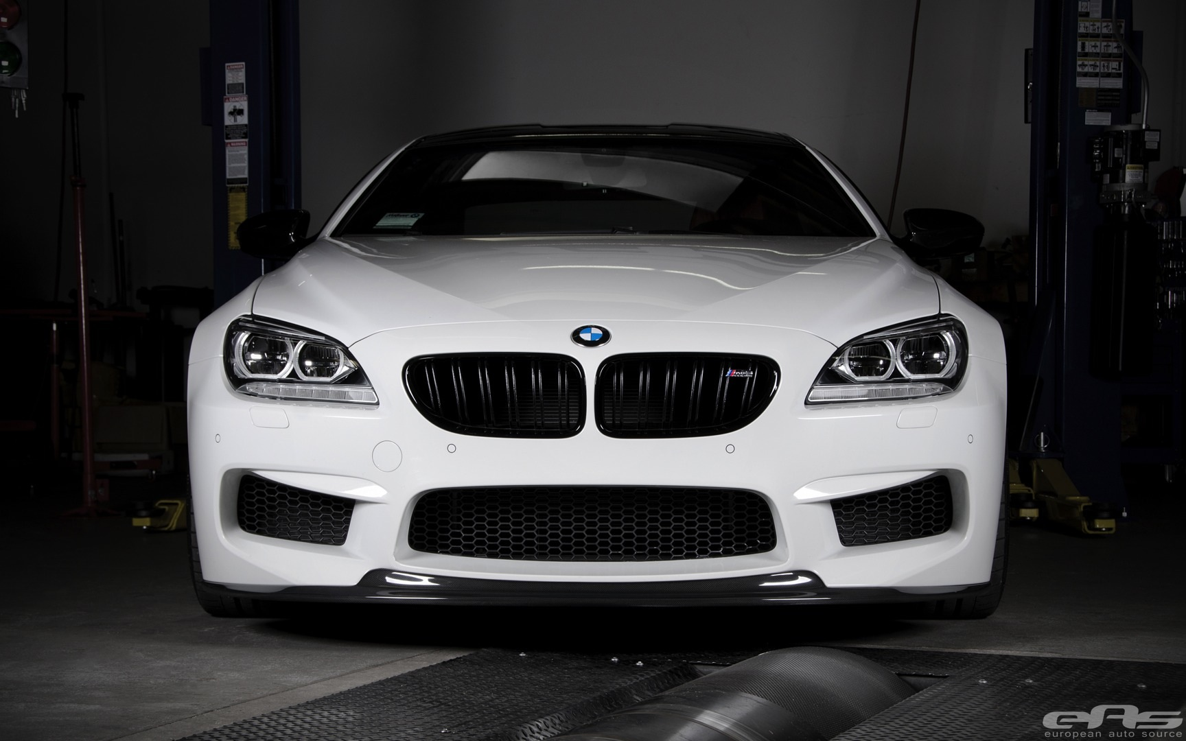 Watch The BMW M Gran Coupe Accelerate To Kmh Autoevolution - 300 bmw