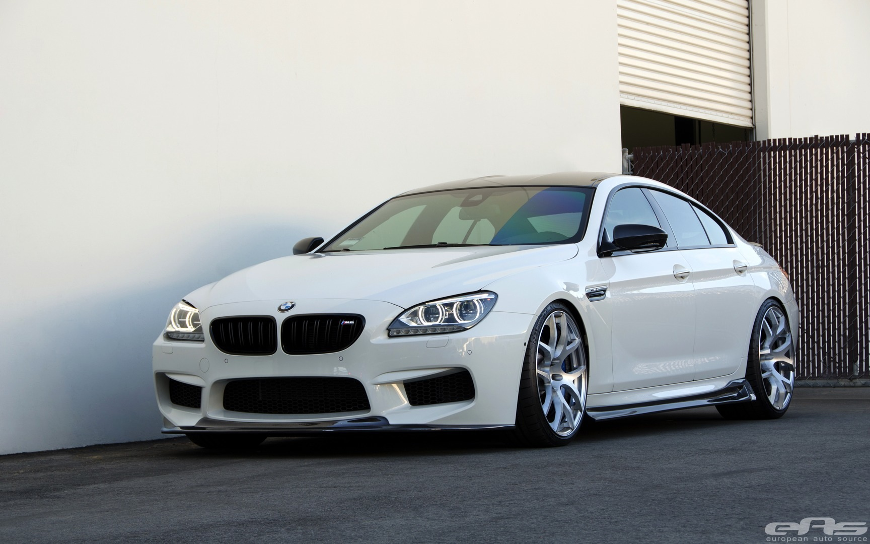 stunning alpine white bmw m6 gran coupe gets arkym body kit autoevolution. Black Bedroom Furniture Sets. Home Design Ideas