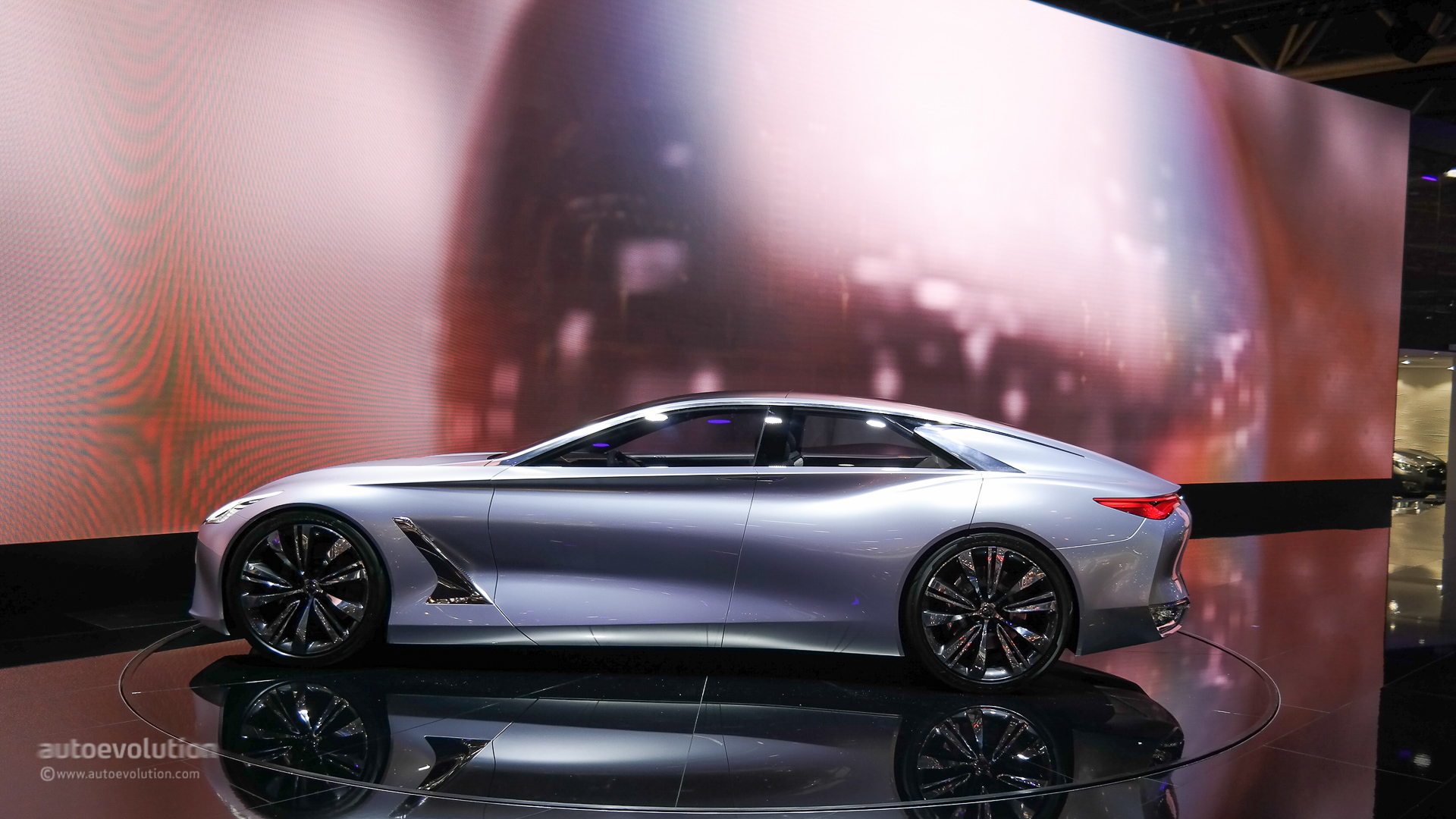 Safest Motorcycle Helmet >> Stylish Infiniti Q80 Four-Door Coupe Demands Attention in Dynamic Video Debut - autoevolution