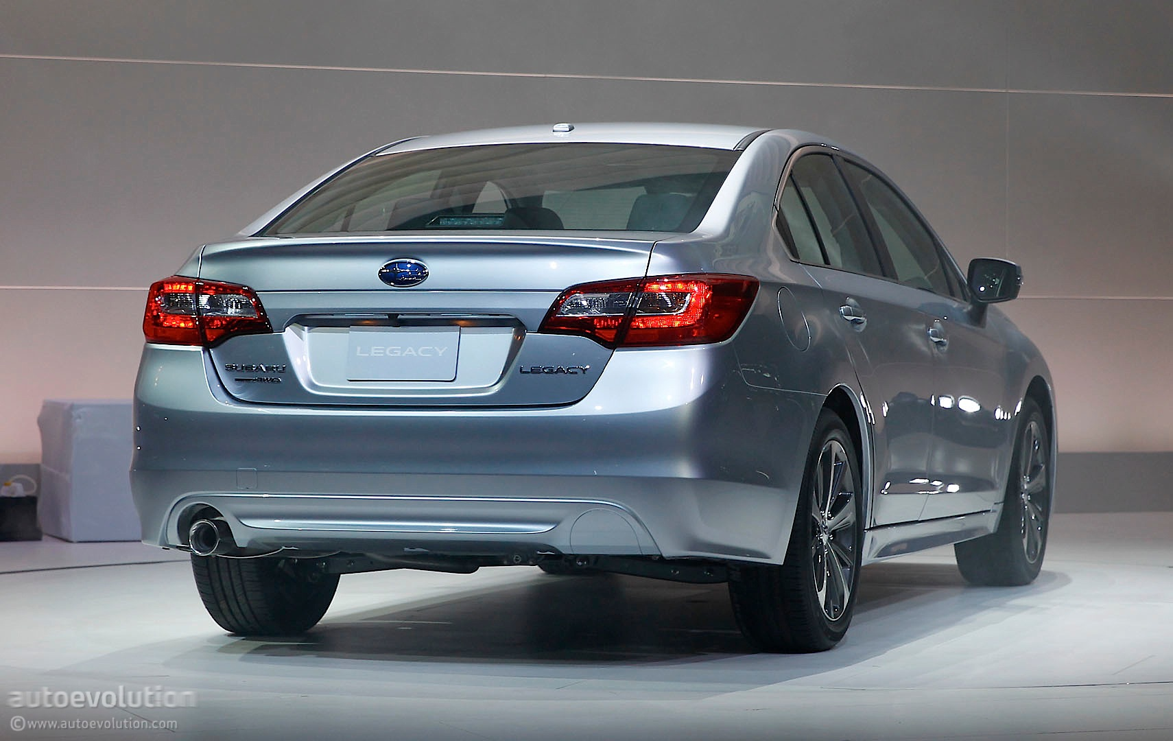 Subaru Announces 2015 Legacy Us Pricing Autoevolution